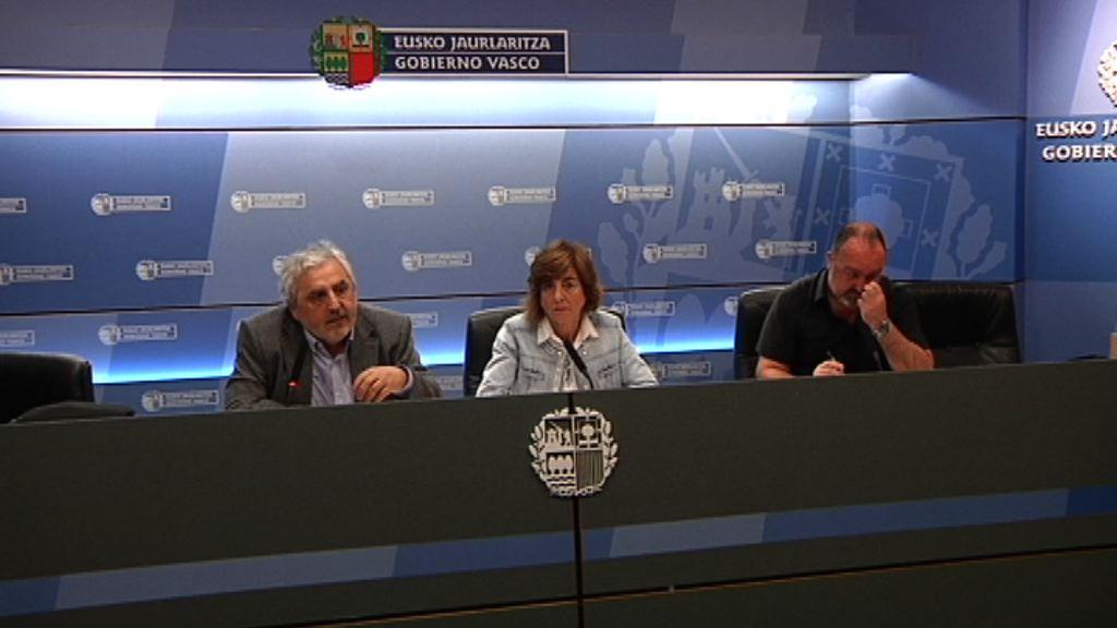Cristina Uriarte Hezkuntza sailburuak 2016-2017 ikasturteko eskola-jazarpenari buruzko datuak ezagutarazi ditu