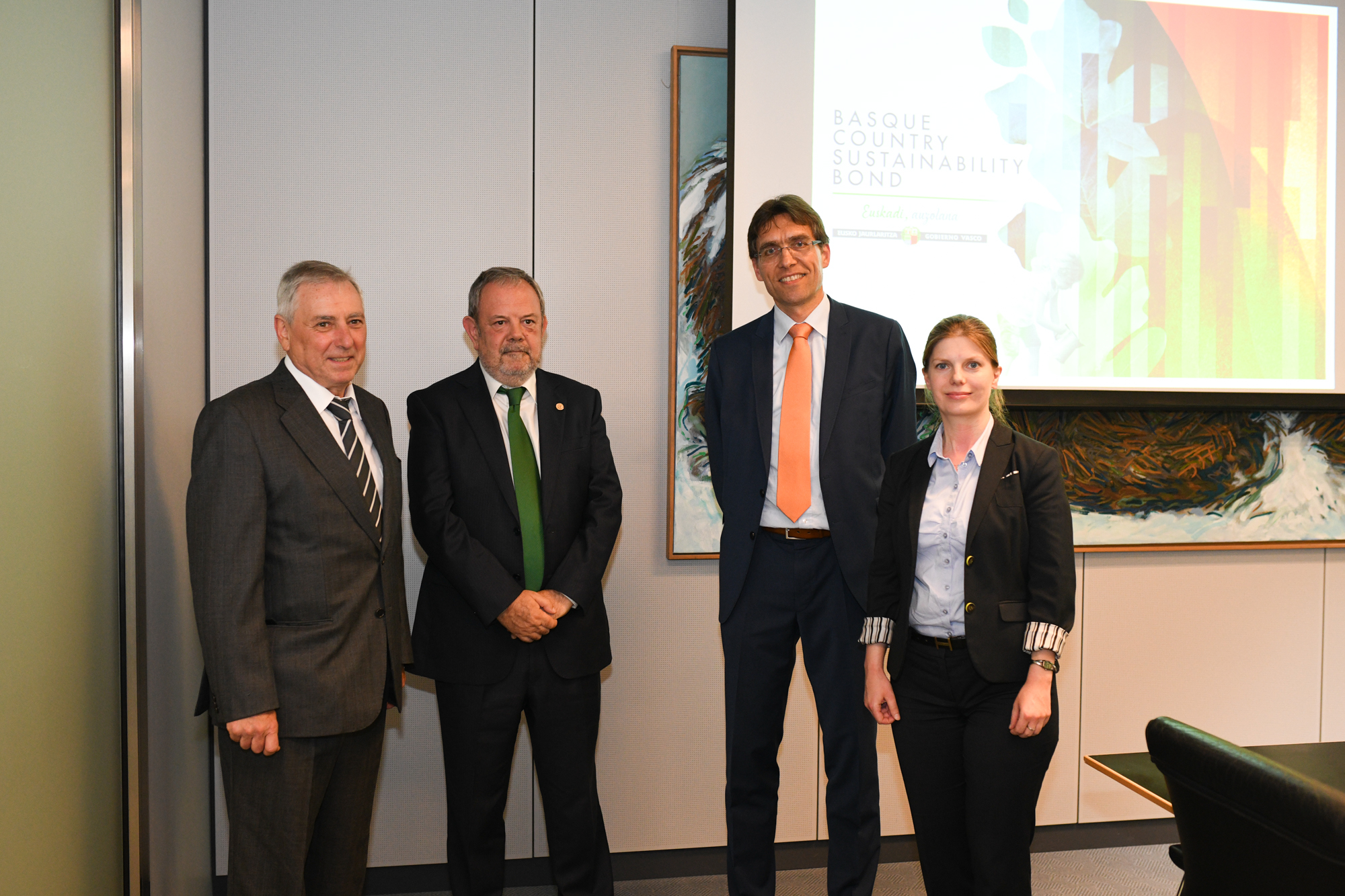 """""""The Basque Country has taken a firm step towards sustainable financial products,"""" Azpiazu explains to the German investment market"""