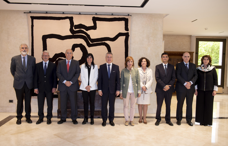 Lehendakariak CRUE-Conferencia de Rectores de las Universidades Españolas-en ordezkaritza batekin batzartuko da