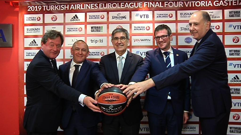 El consejero Bingen Zupiria ha participado en la presetación de la Final Four Vitoria-Gasteiz 2019