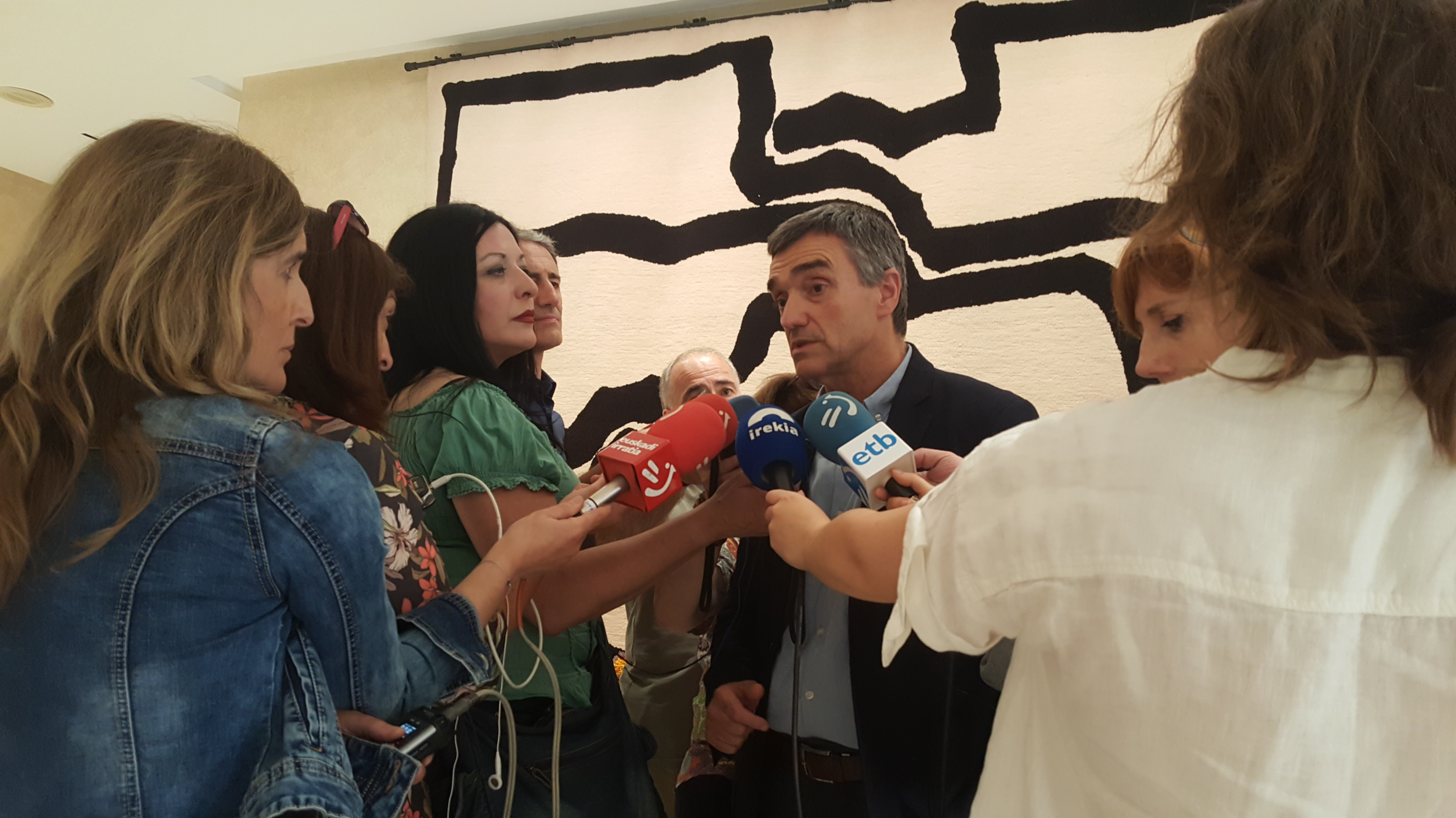 El Gobierno Vasco prevé que los traslados de las personas llegadas a bordo del Aquarius se realizarán a partir de las próximas dos semanas