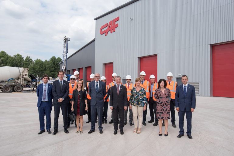 The president of the Basque Country visits CAF facilities in Wales