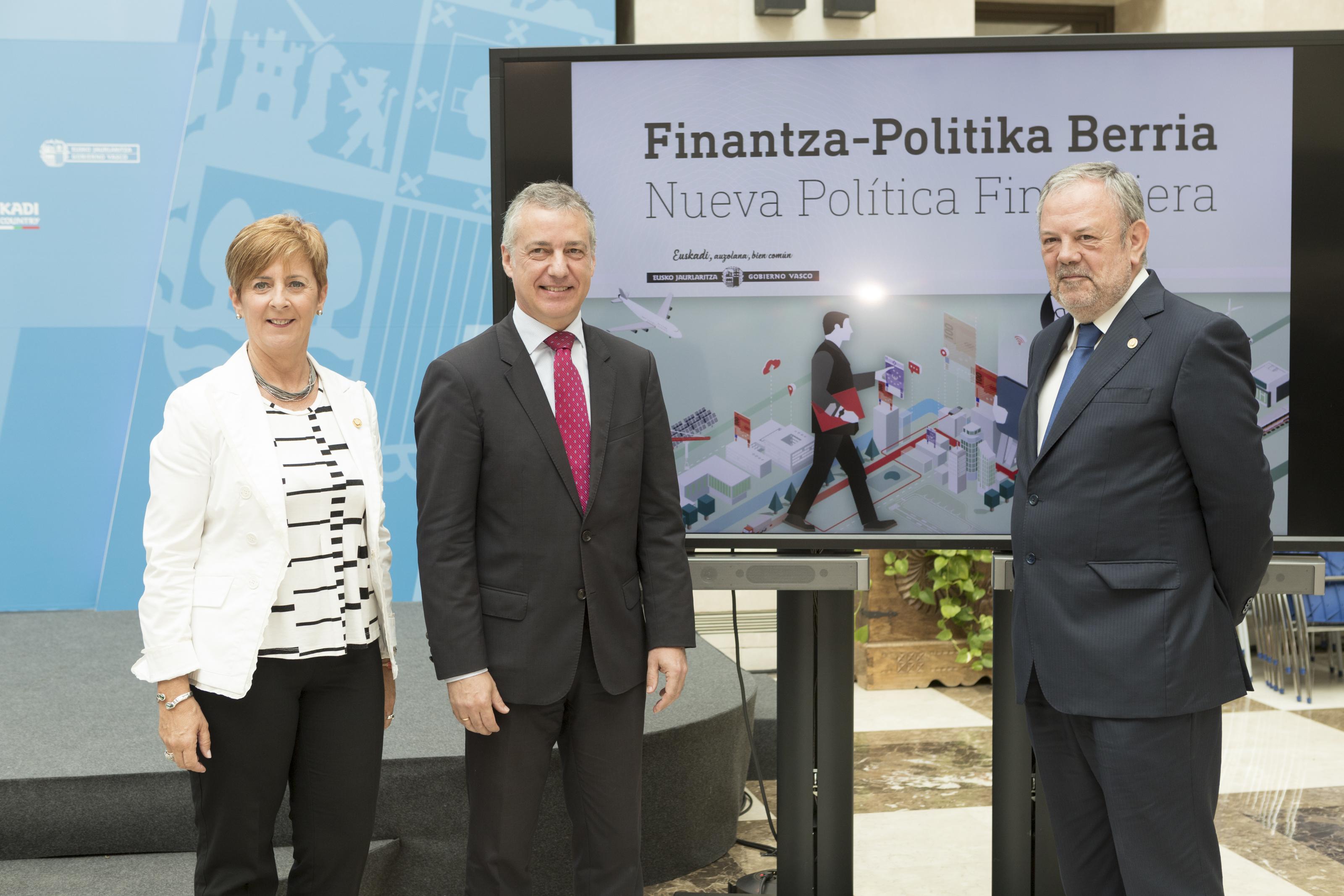 El Lehendakari, la Consejera Arantxa Tapia y el Consejero Pedro Azpiazu presentan la nueva política financiera del Gobierno Vasco