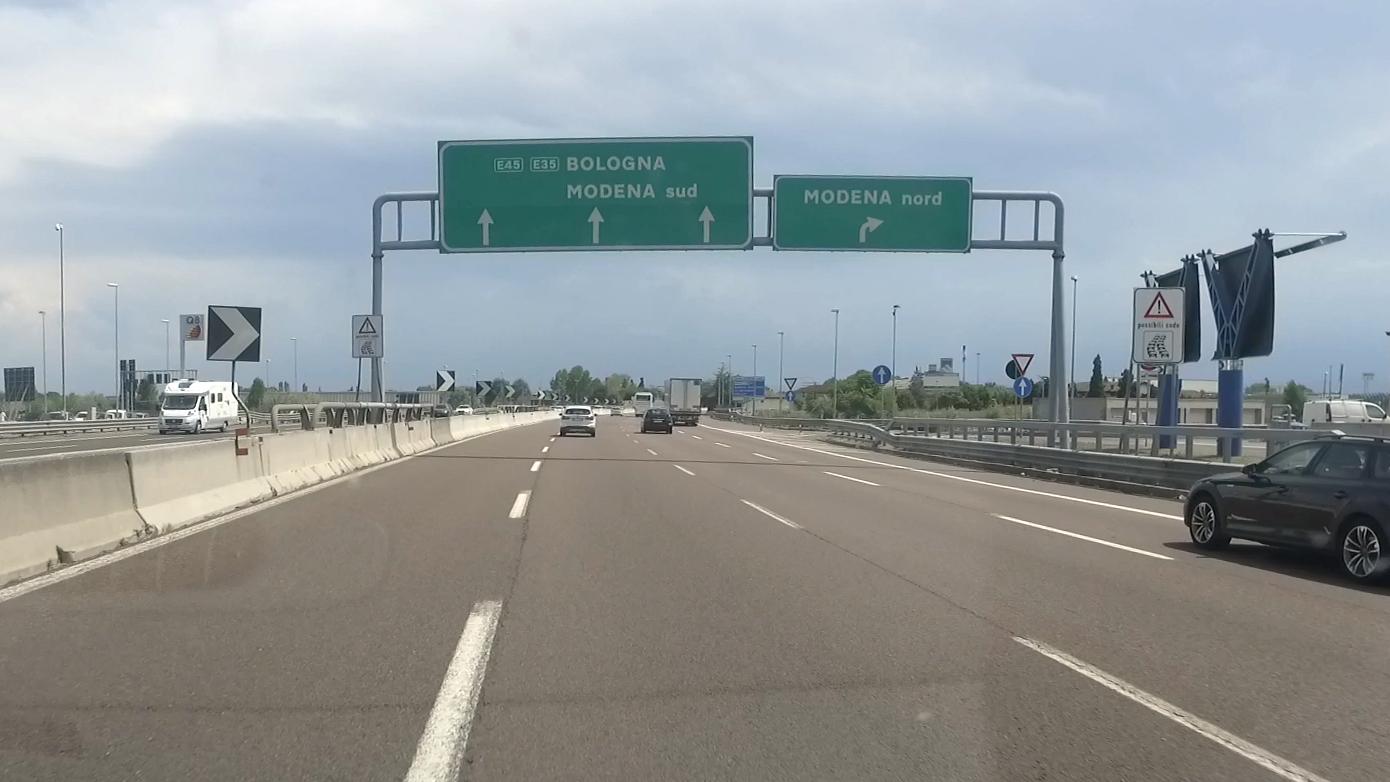kartel_autopista.jpg