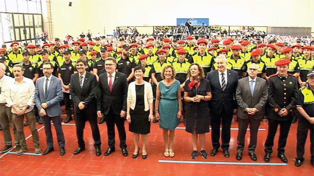 Un total de 113 policías locales de 16 ayuntamientos de Euskadi reciben los diplomas de haber superado el curso de formación en la Academia Vasca de Policía y Emergencias
