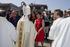 Artolazabal y Beltrán de Heredia en la ofrenda foral que las Cuadrillas de Neskas y Blusas han dedicado a la Virgen Blanca