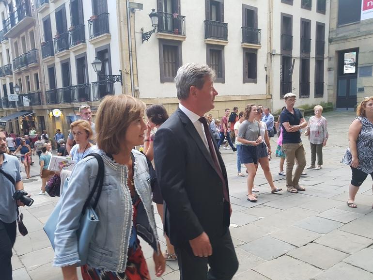 Una representacion del Gobierno Vasco asiste a La Salve de Donostia-San Sebastián