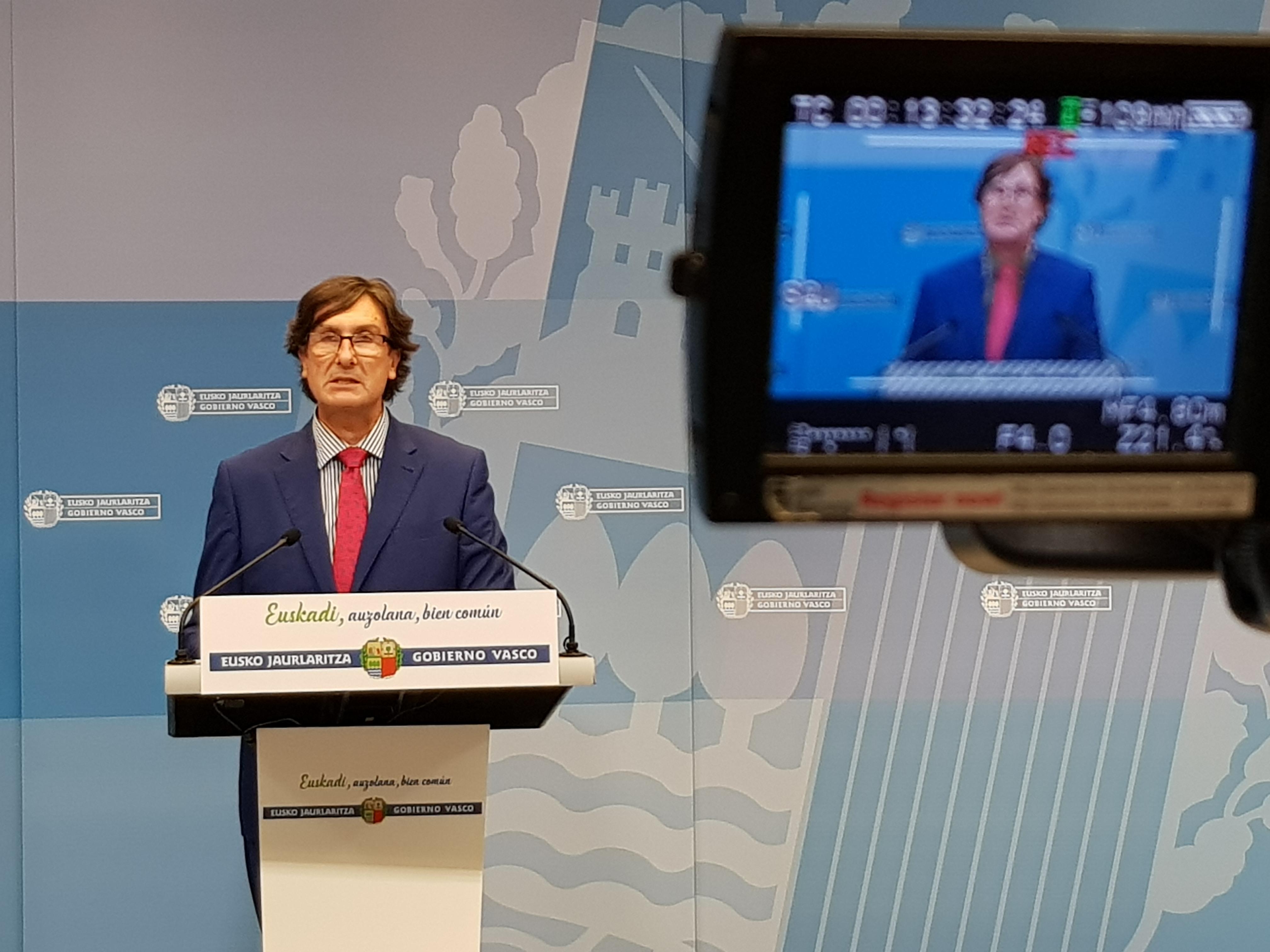 El Gobierno Vasco propone a los sindicatos de la Función Pública una subida salarial del 2,25% y una aportación a Itzarri del 1,5% para 2019