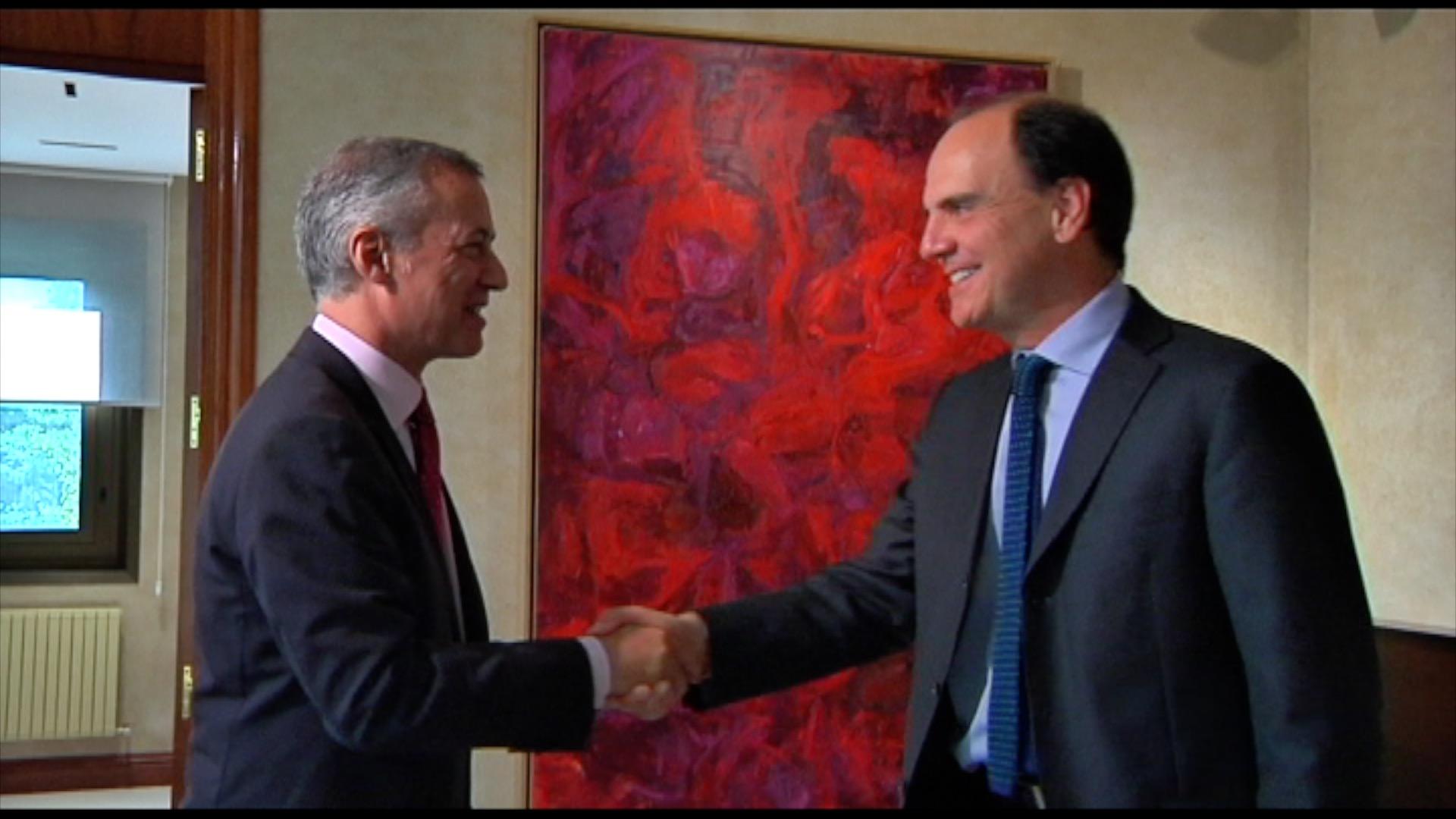 El Lehendakari se ha reunido con el Ministro de Vivienda y Urbanismo de Chile