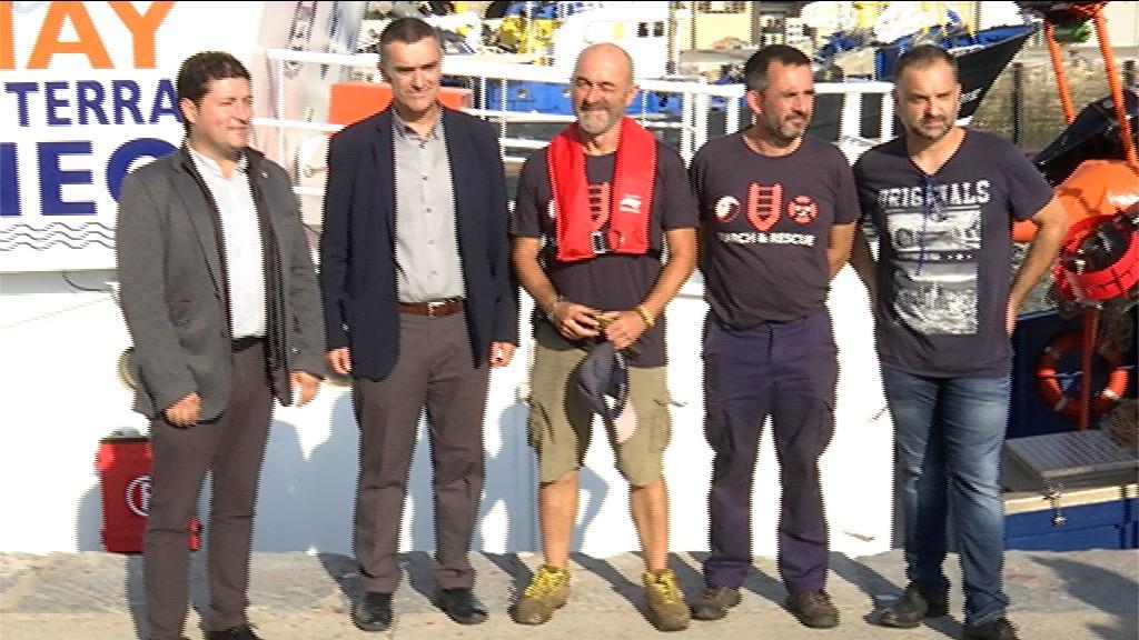 """Eusko Jaurlaritzak eta Salvamento Marítimo Humanitario-k jendaurrean aurkeztu dute giza erreskaterako """"Aita Mari"""" itsasontzia"""
