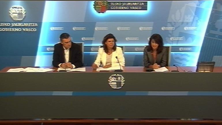 """El Gobierno Vasco presenta los materiales del programa educativo """"Herenegun!"""" sobre la memoria reciente de Euskadi, para la asignatura de Historia"""