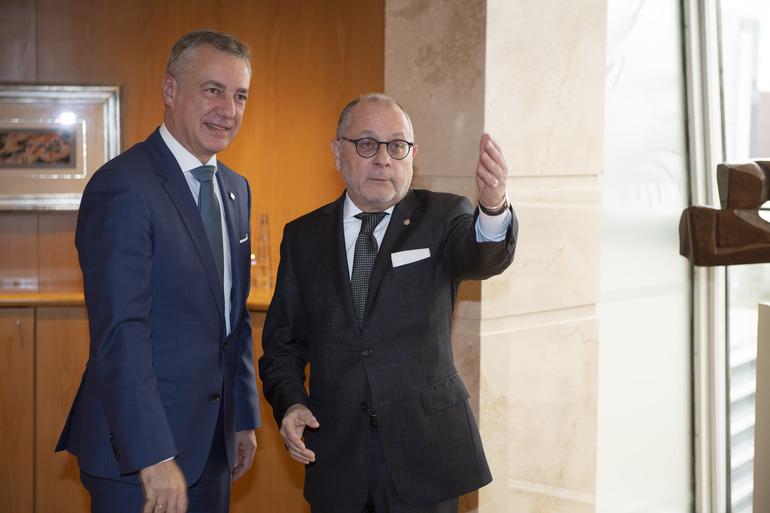 2018_10_31_lhk_ministro_exteriores_argentina_02.jpg