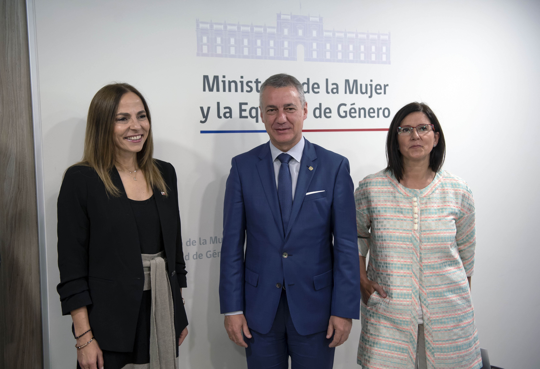 Gobierno vasco y chileno firman un acuerdo de entendimiento en el ámbito de la igualdad de mujeres y hombre