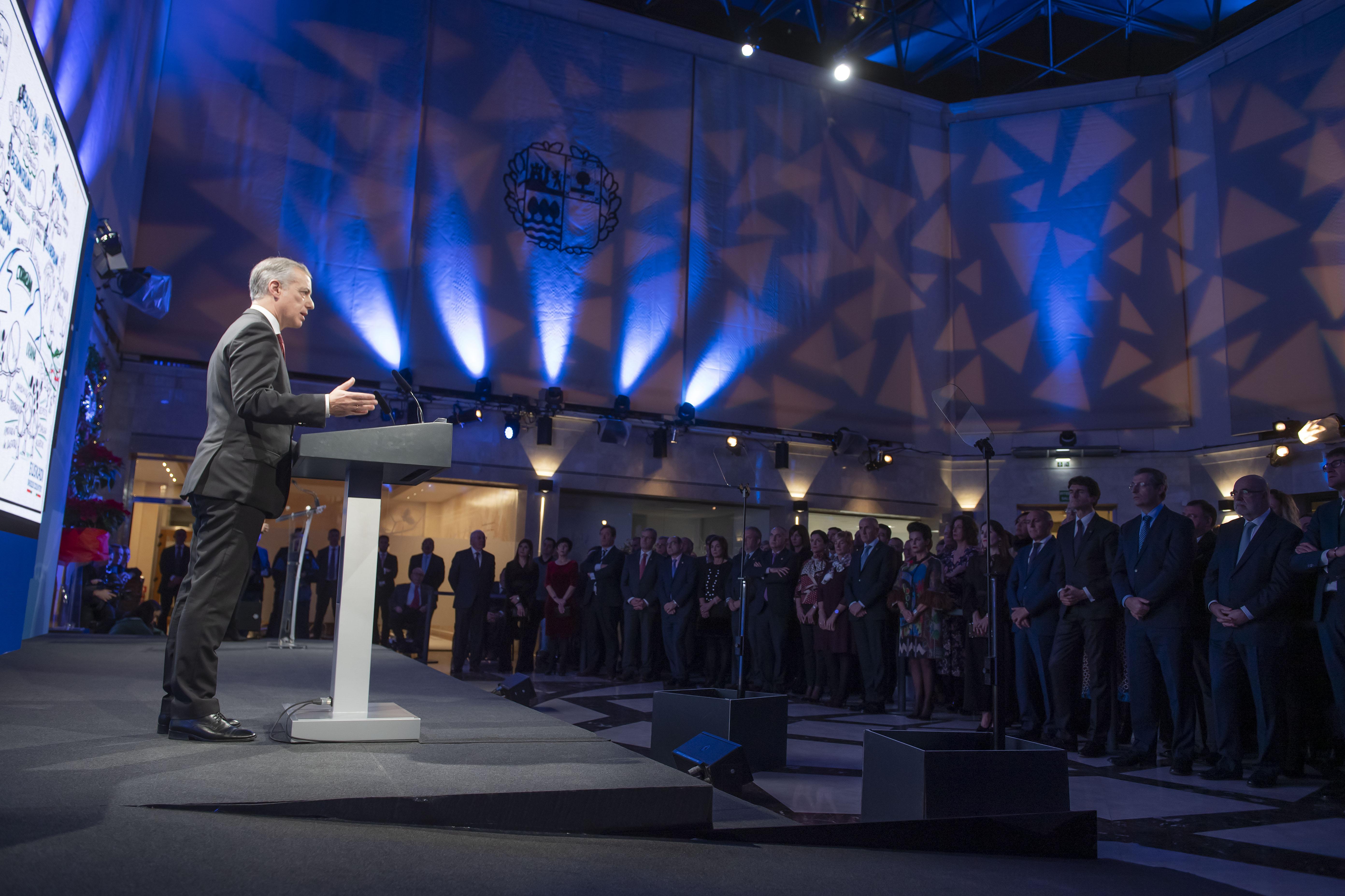 """El Lehendakari Iñigo Urkullu llama a trabajar """"juntos"""" para dejar a las próximas generaciones un futuro mejor"""
