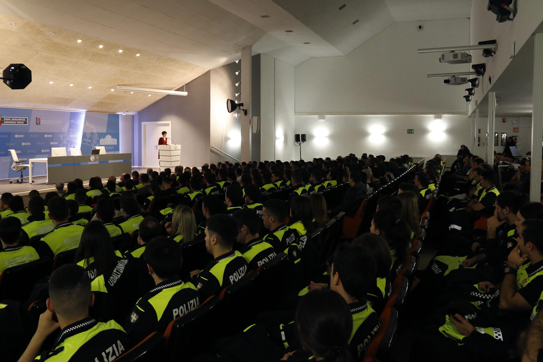 Un total de 257 personas comenzarán hoy su formación como Policías Locales en la Academia Vasca de Policía y Emergencias