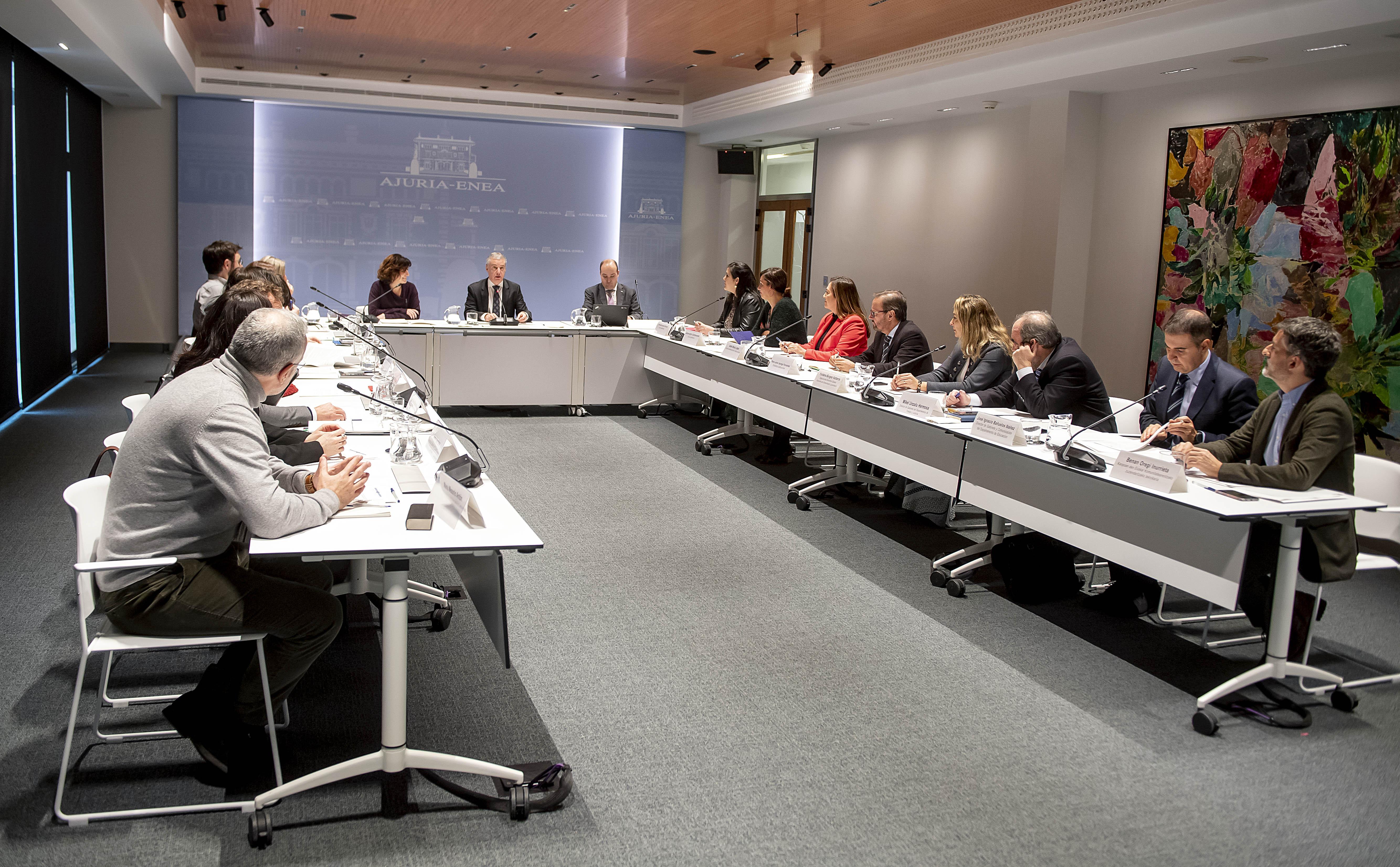 El Lehendakari anuncia que el VII Congreso Mundial de Colectividades Vascas se celebrará en octubre de este año en Bilbao
