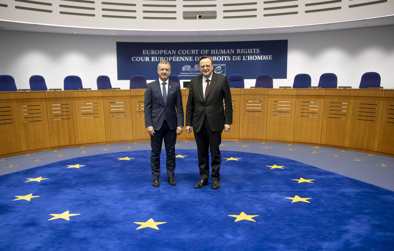 """Lehendakaria René Cassin-i eginiko omenaldian Estrasburgon: """"Giza Eskubideak ekintza politikoaren erreferente nagusi izaten jarraitu behar dute Europan"""""""