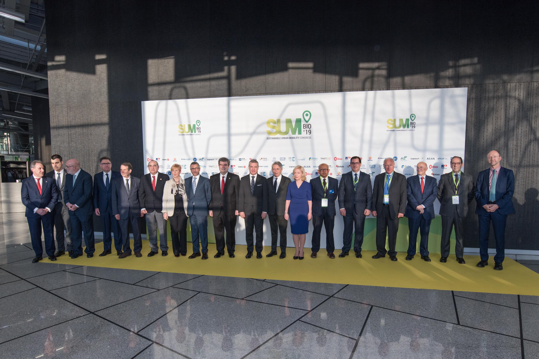 El Lehendakari afirma que el Gobierno Vasco seguirá invirtiendo en la mejora de la movilidad urbana y avanzando en el modelo de desarrollo humano sostenible