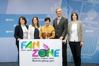 Fan zone 03