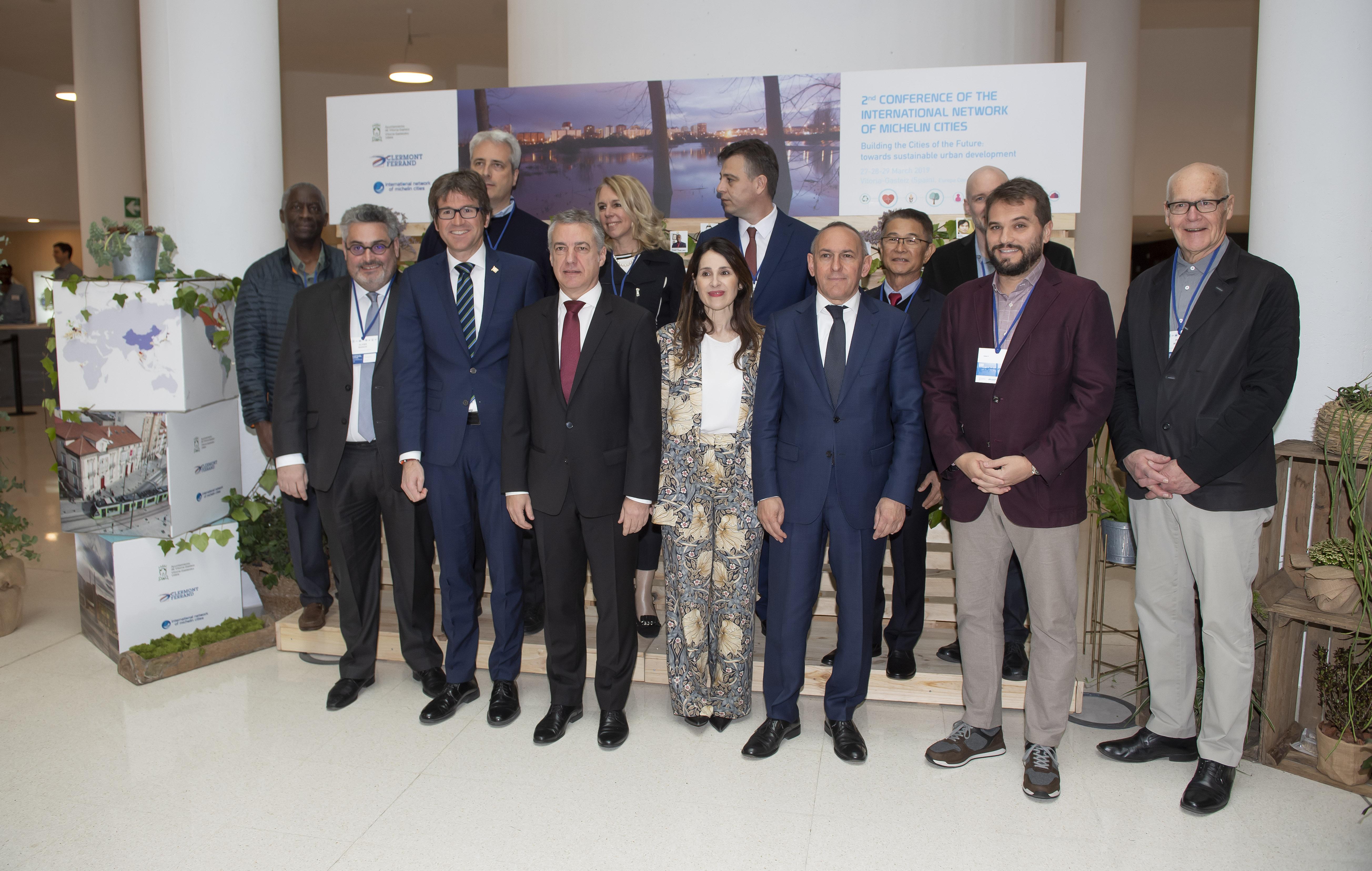 El Lehendakari apuesta por sumar oportunidades de crecimiento industrial y el compromiso con nuestro planeta