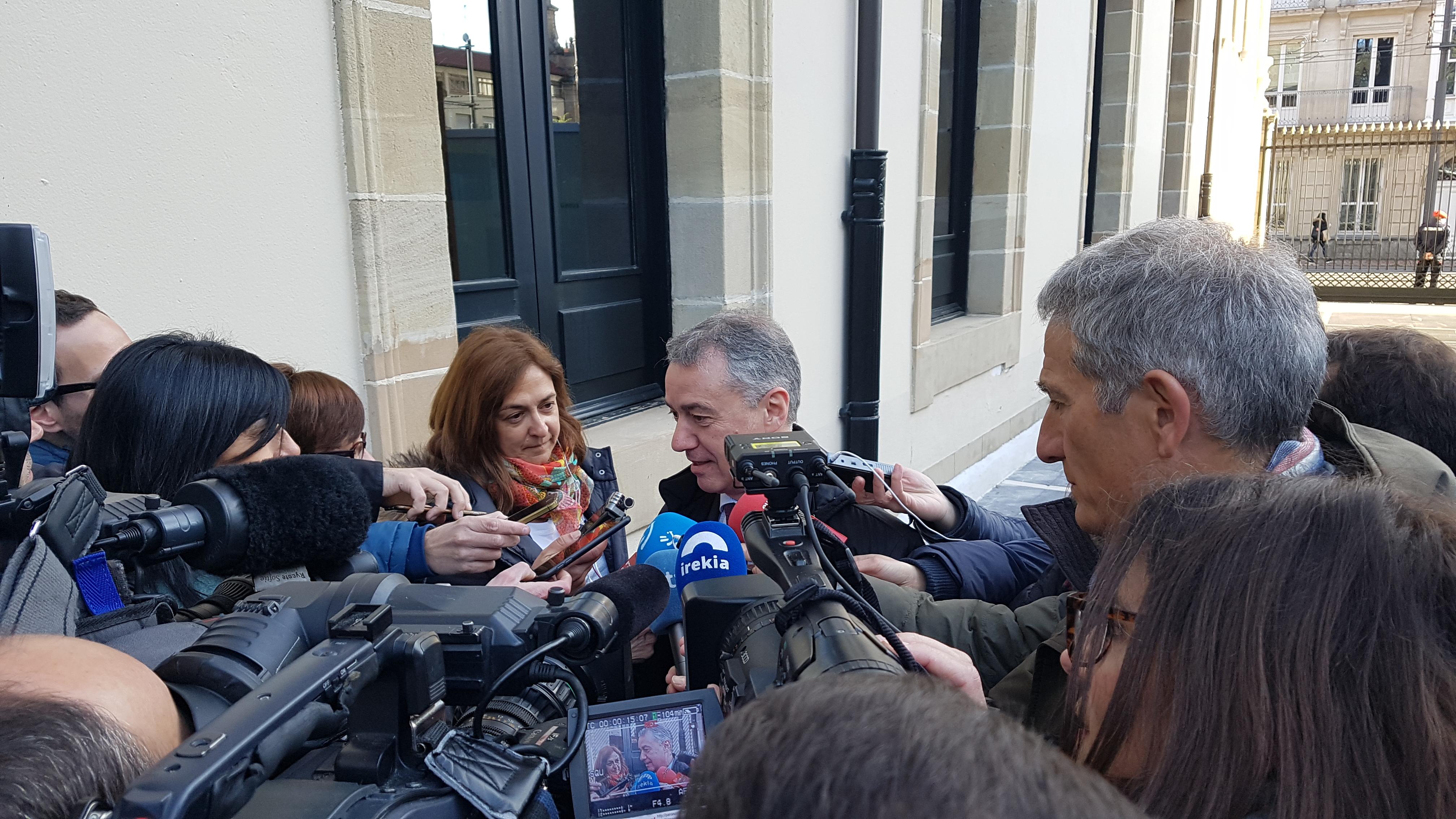 La semana que viene se darán 4 nuevos pasos en el cumplimiento del Estatuto de Gernika