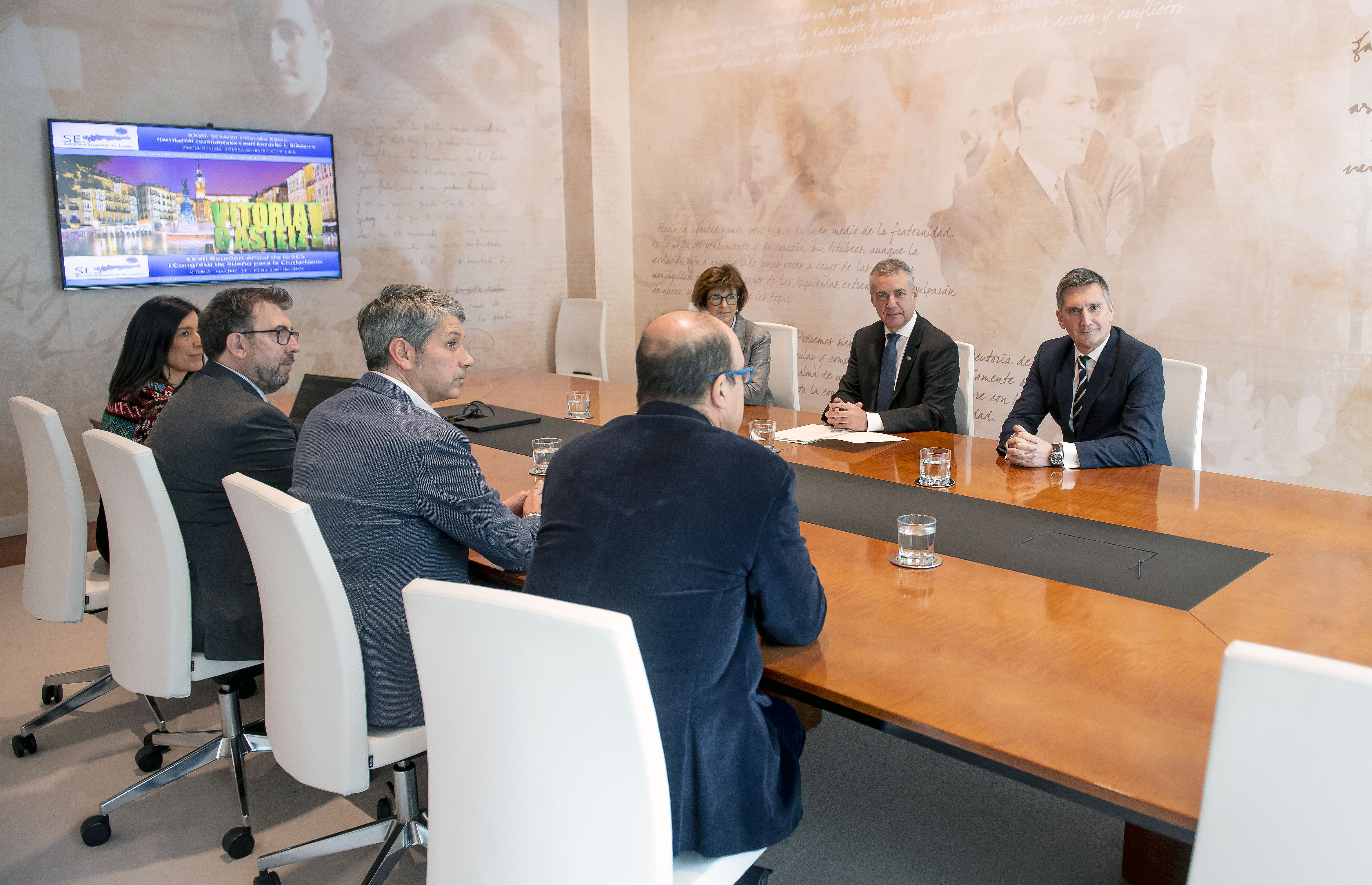 El Lehendakarise reúne con una representación de la Sociedad Española de Sueño-SES