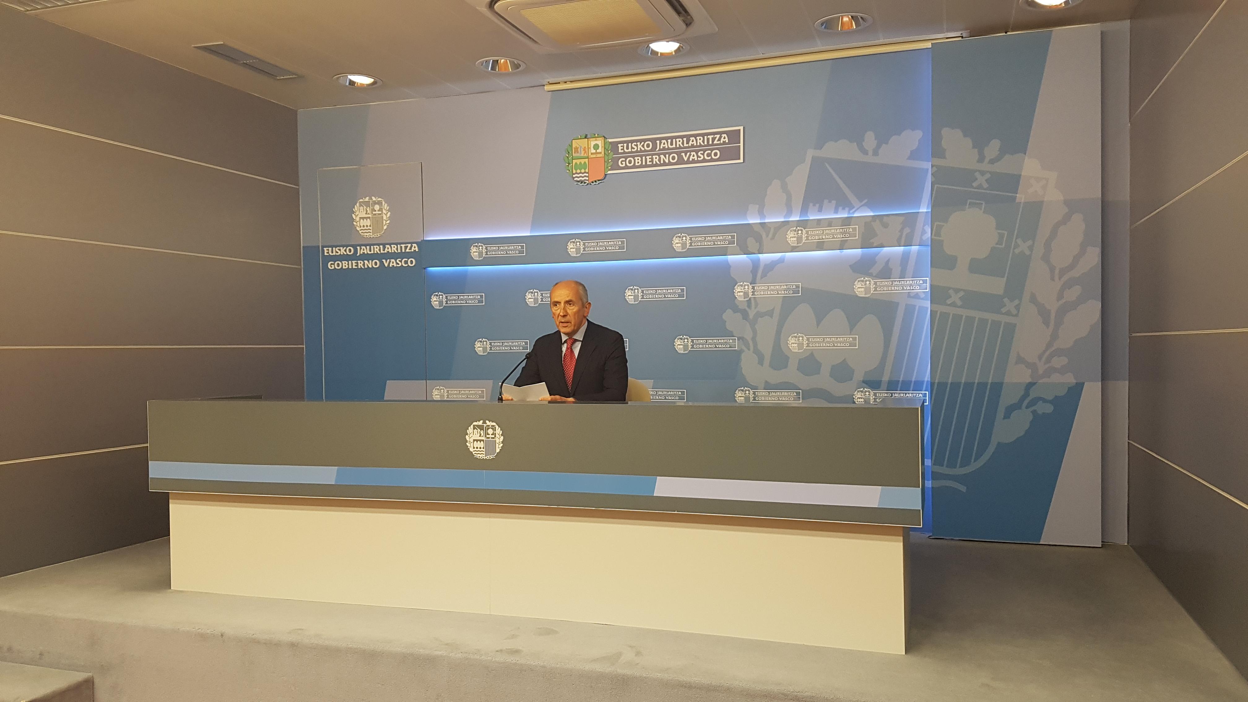 Gobierno vasco y español acuerdan el traspaso de la AP-68 a Euskadi