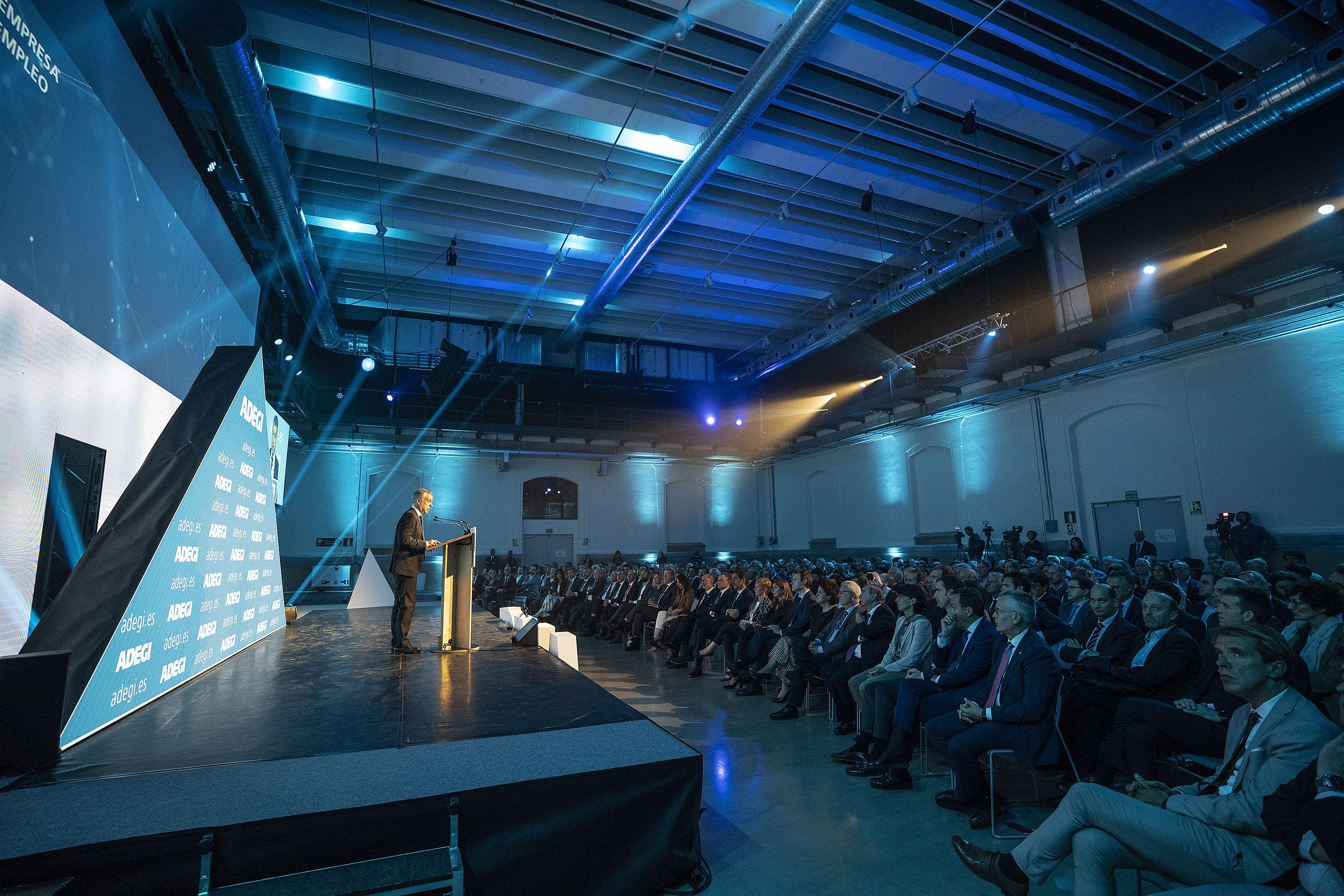 El Lehendakari participa en la clausura del Día de la Empresa 2019 de ADEGI