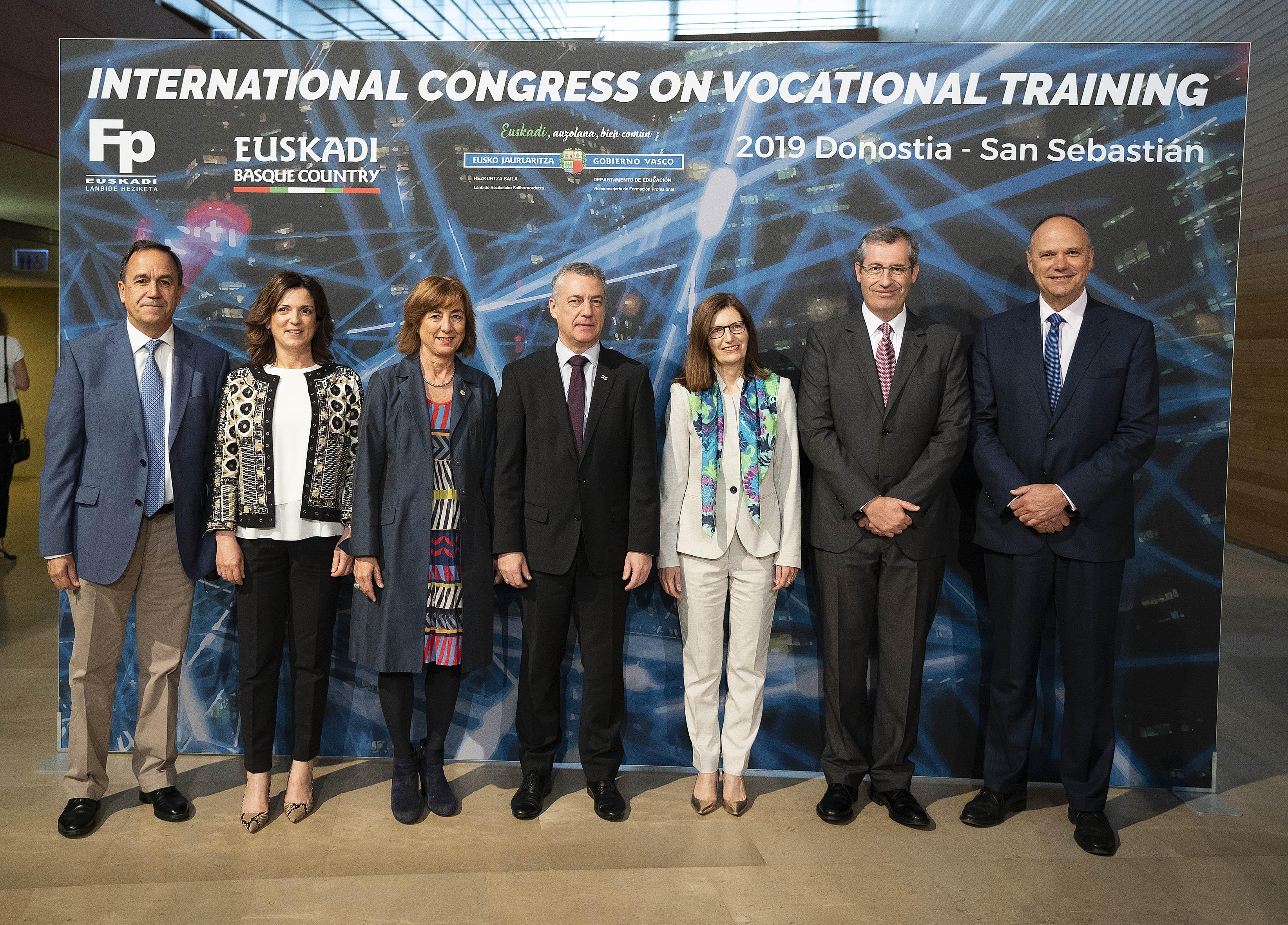 """El Lehendakari inaugura el Congreso Internacional de Formación Profesional """"4ª Revolución Industrial: tecnología, sostenibilidad y valores"""""""