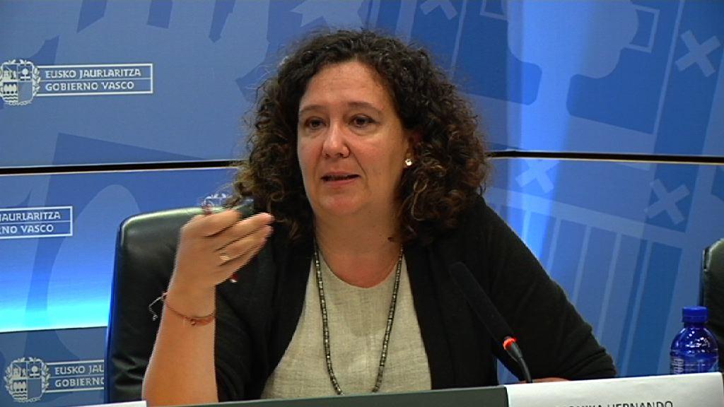 Lide Amilibiak eta Monika Hernandok Ikuspegik antolatutako 'Asiloa eta errefuxiatuak Europan eta Euskadin' jardunaldian parte hartu dute