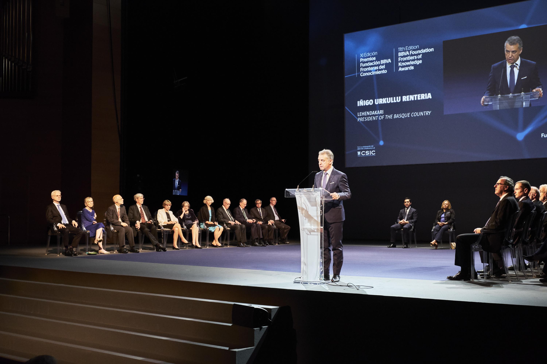 El Lehendakari asiste a la entrega de la XI Premios Fronteras del Conocimiento de la Fundación BBVA