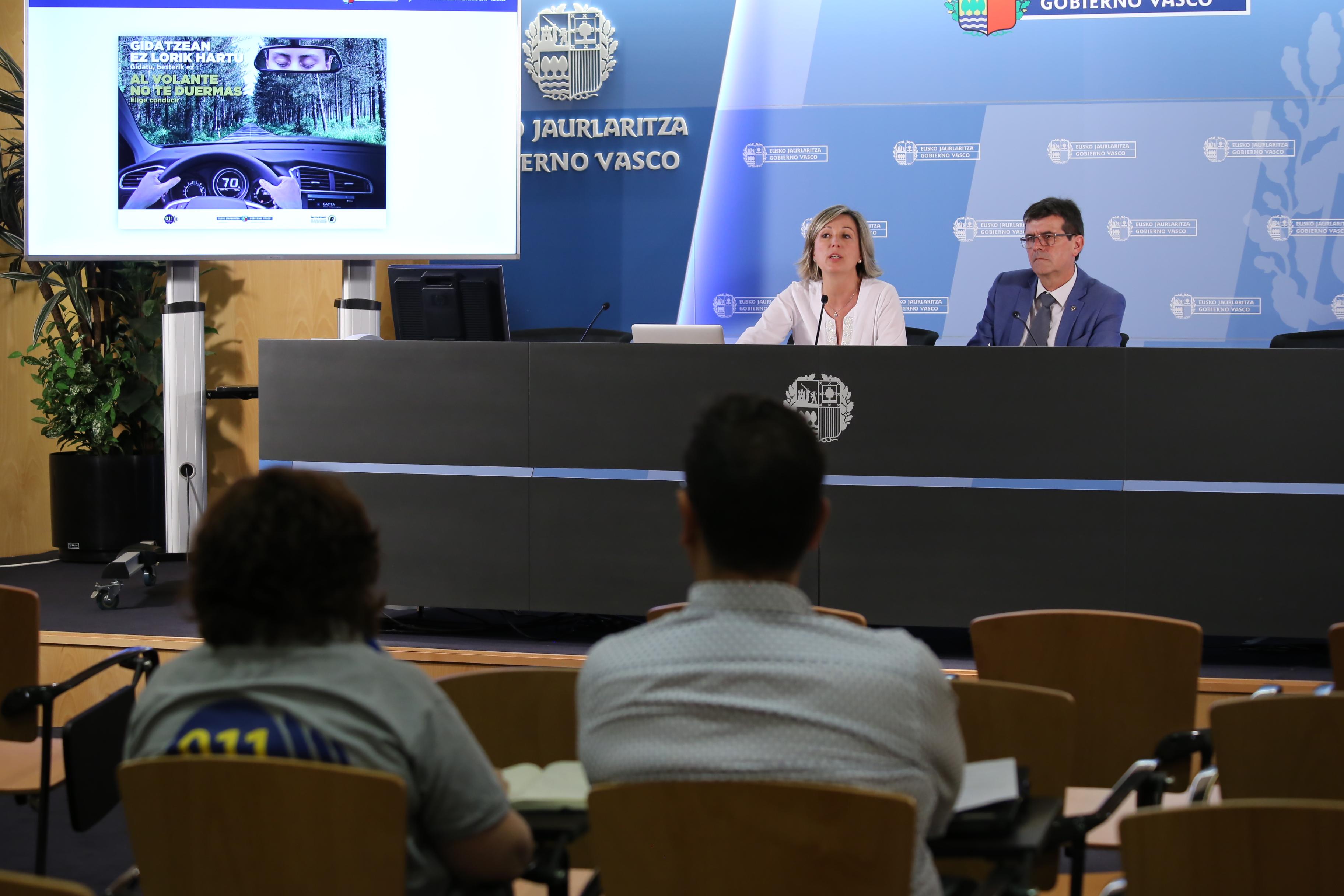 La Dirección de Tráfico insta a los transportistas a evitar el paso fronterizo los días 24, 25 y 26 de agosto por los cierres previstos con motivo de la cumbre del G7 en Biarritz
