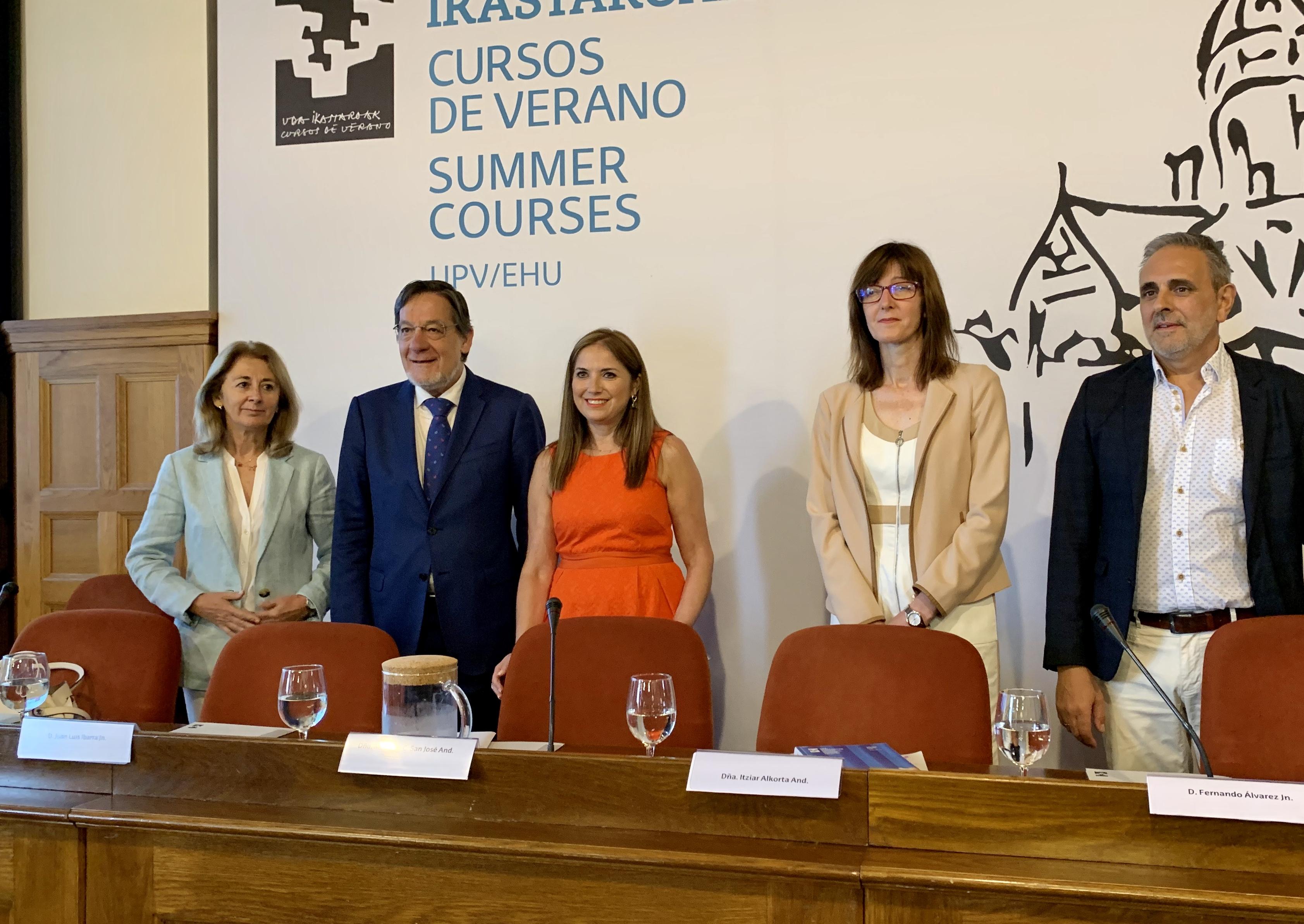San José inaugura el curso de verano sobre custodia infantil