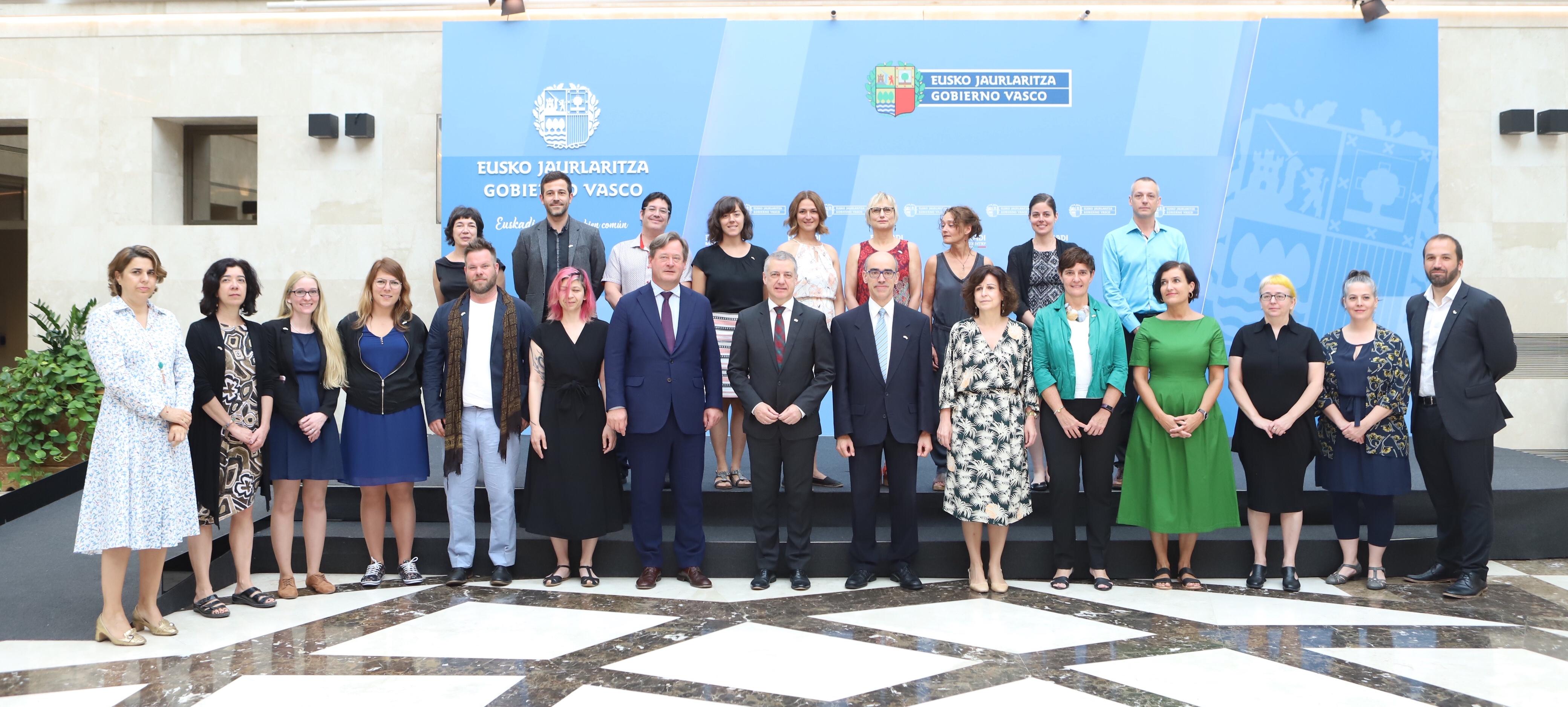 Más de 80 agentes culturales de Euskadi y Quebec se reúnen hasta el viernes para ahondar en las relaciones entre ambos países
