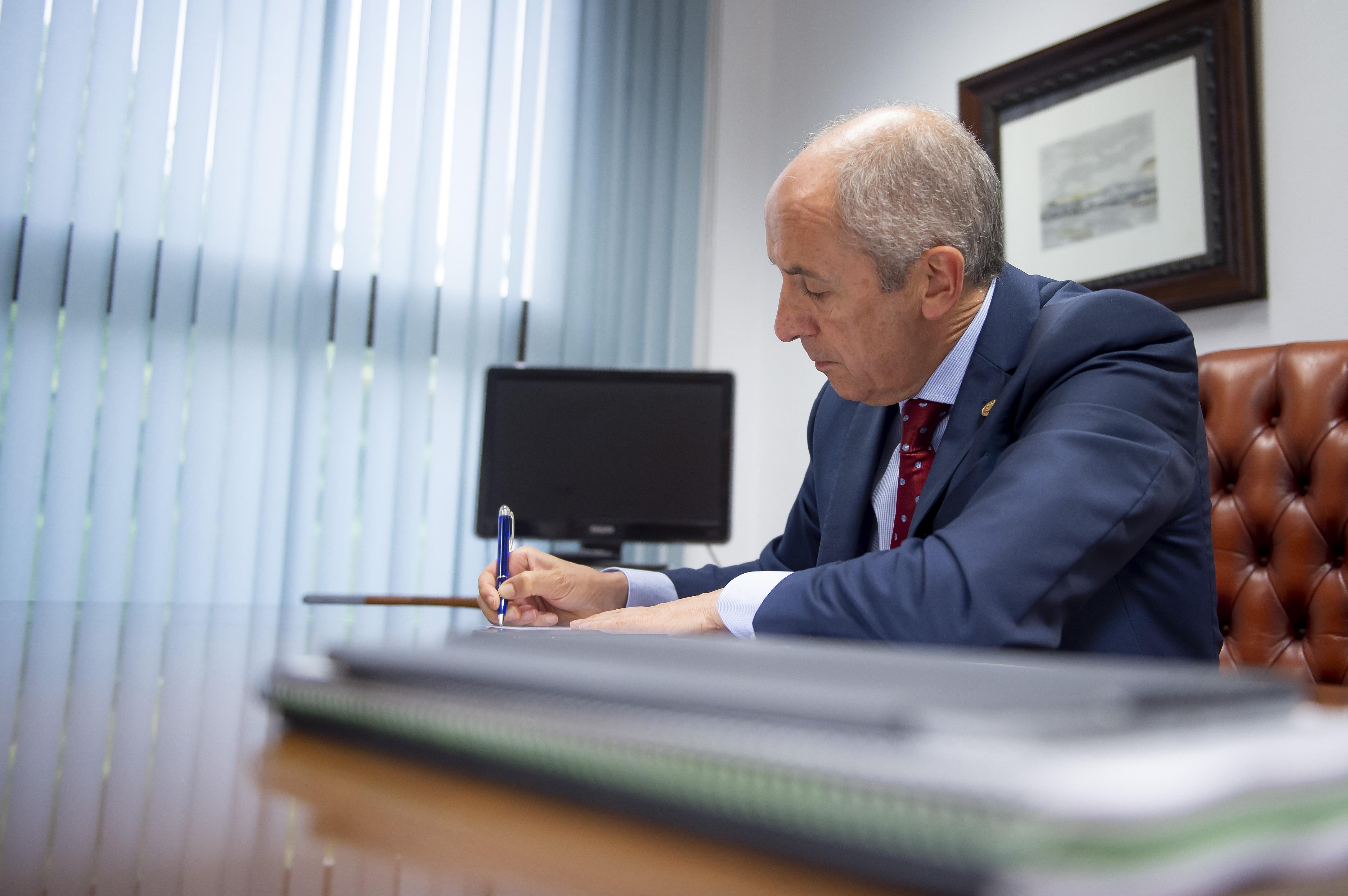 Gobernuak positiboki baloratu du Konstituzio Auzitegiak Polizia Abusu Legea deiturikoaren kontrako errekurtsoa artxibatu izana