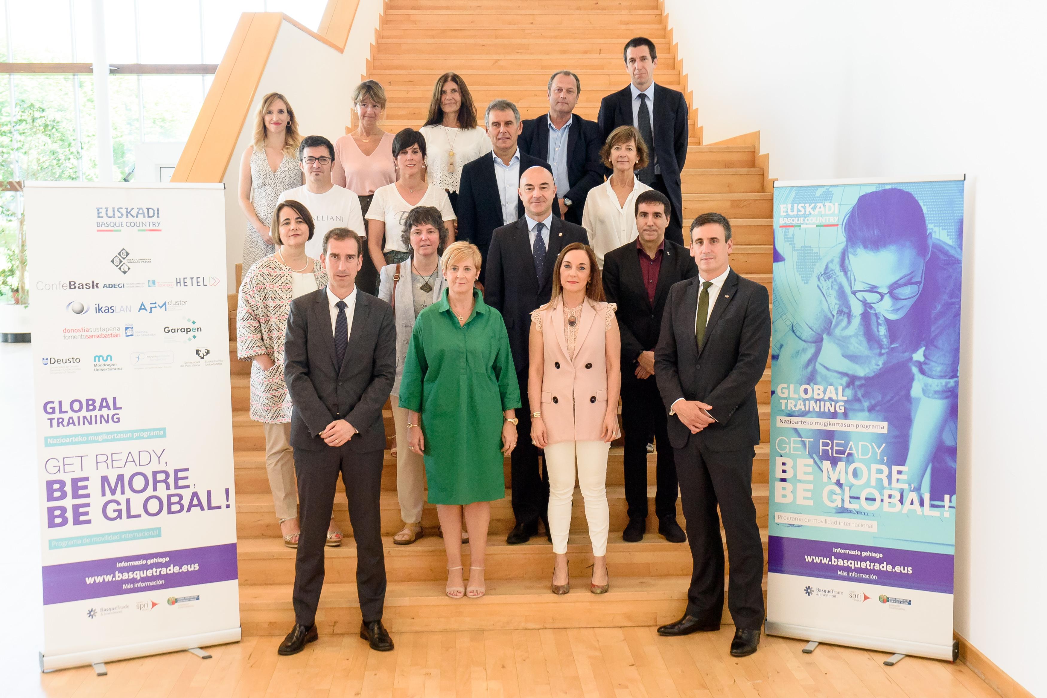 400 jóvenes podrán acceder a las becas Global Training para hacer prácticas empresariales en el extranjero