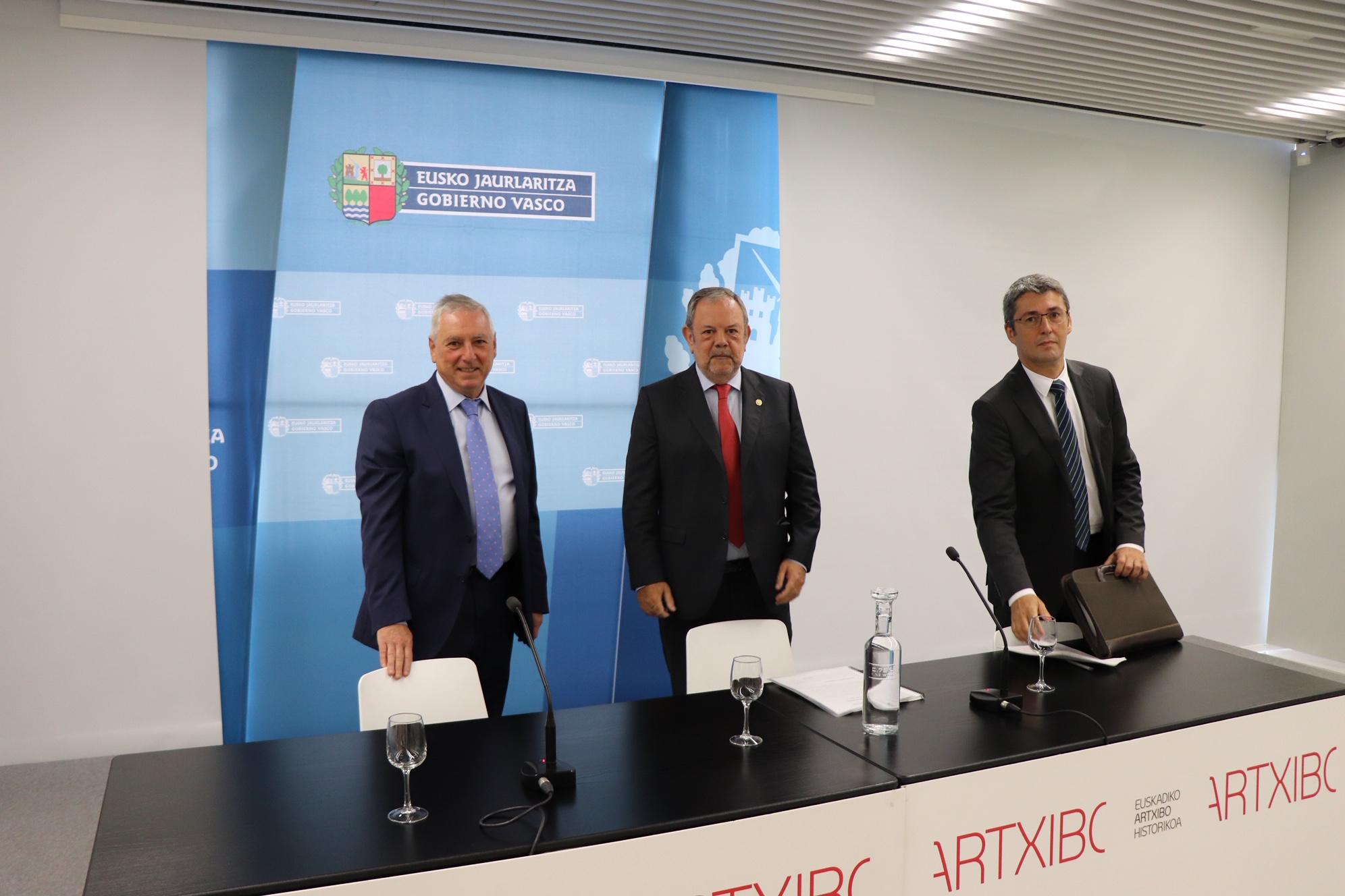 """Azpiazu considera """"notable"""" el crecimiento potencial de la economía vasca por encima del 2% y prevé un superávit cercano al 0,2% para 2019"""