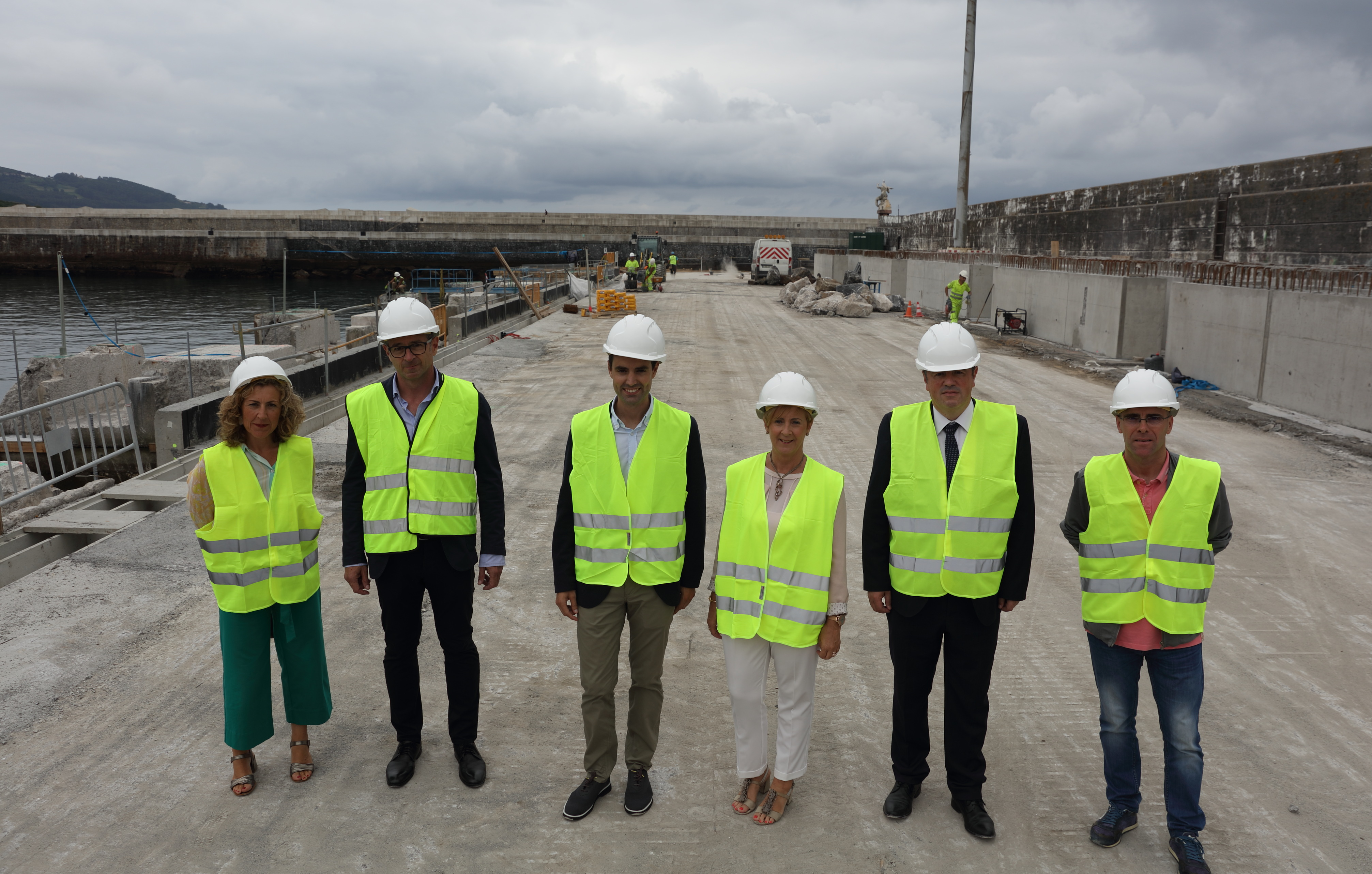 El Gobierno Vasco da un nuevo impulso al Puerto de Bermeo con el inicio de las obras de ampliación de la lonja y conclusión de los trabajos de Xixili-Erroxape