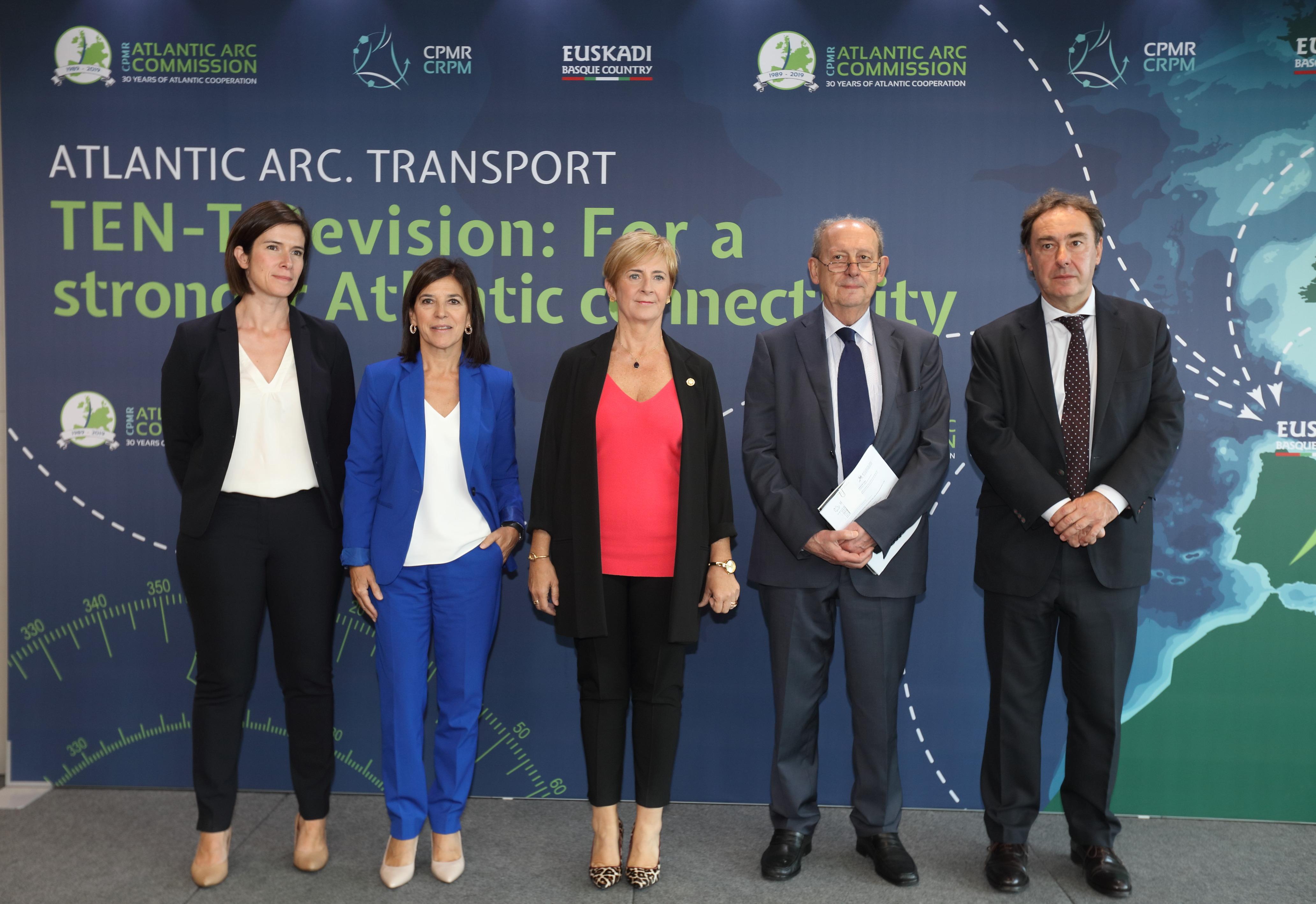 Tapia reclama a la UE que exija a los estados español y francés completar el Corredor Atlántico