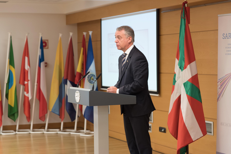 """Lehendakari: """"La experiencia y el encuentro internacional nos enriquece como País"""""""
