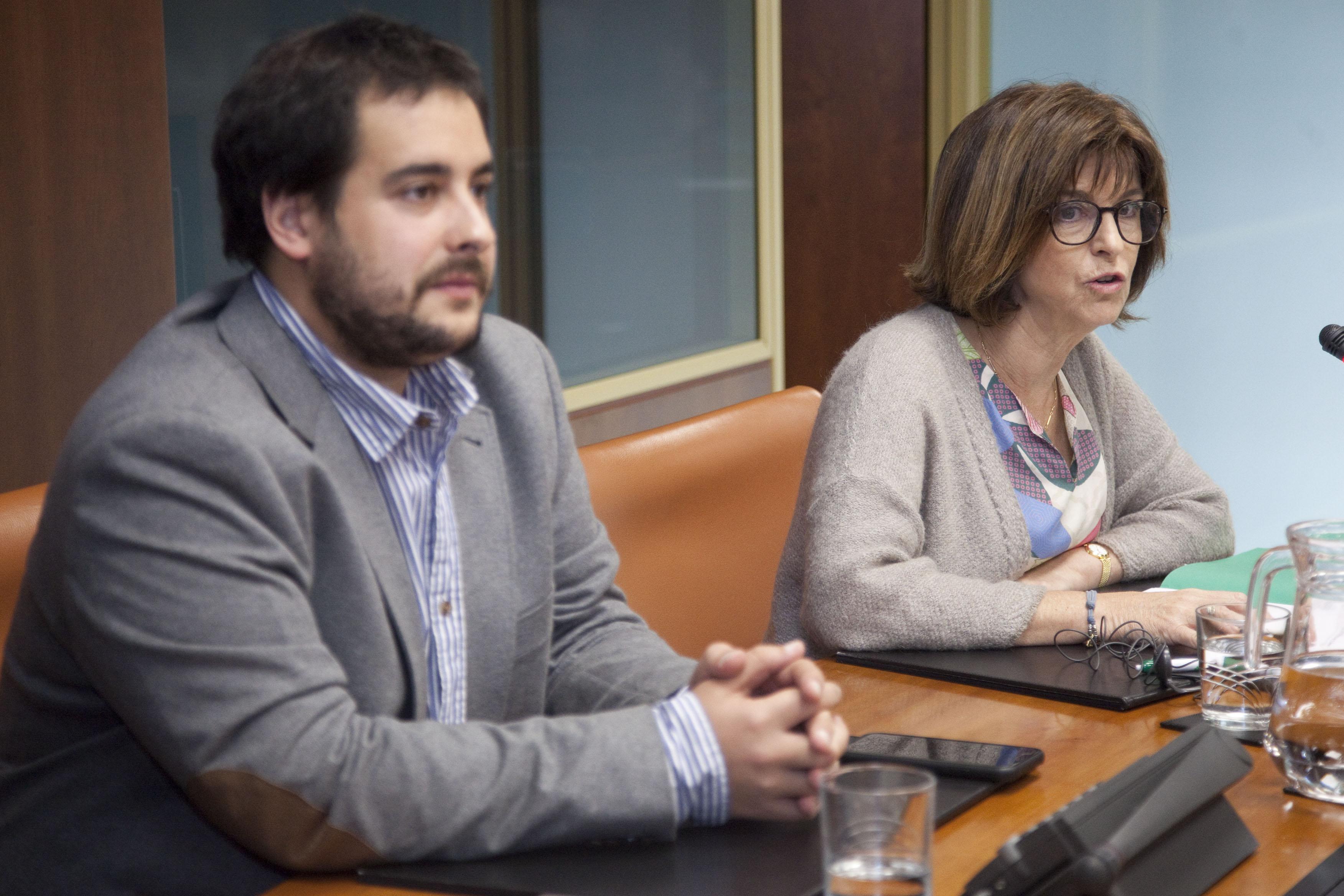 Osakidetza presenta en el Parlamento Vasco un nuevo modelo de OPE de aplicación progresiva que busca el máximo consenso