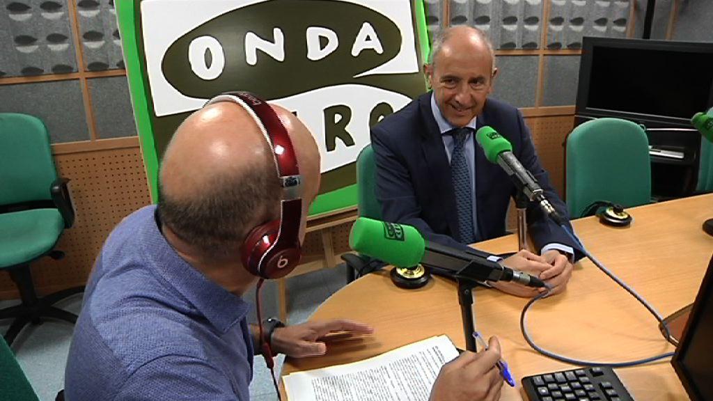 Josu Erkoreka Onda Cero Euskadin elkarrizketatu dute