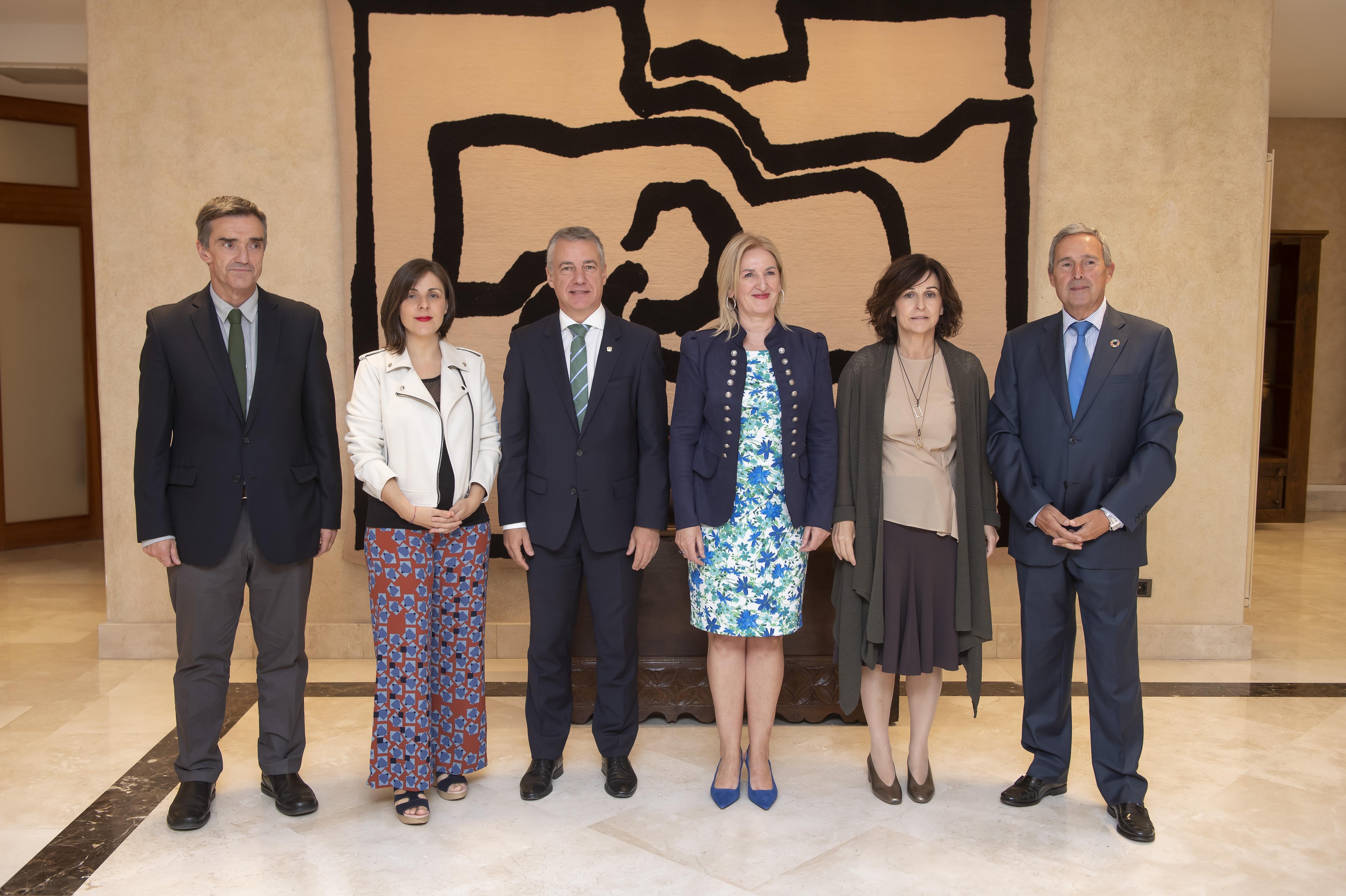 El Lehendakari recibe a reponsables de Unesco Extea