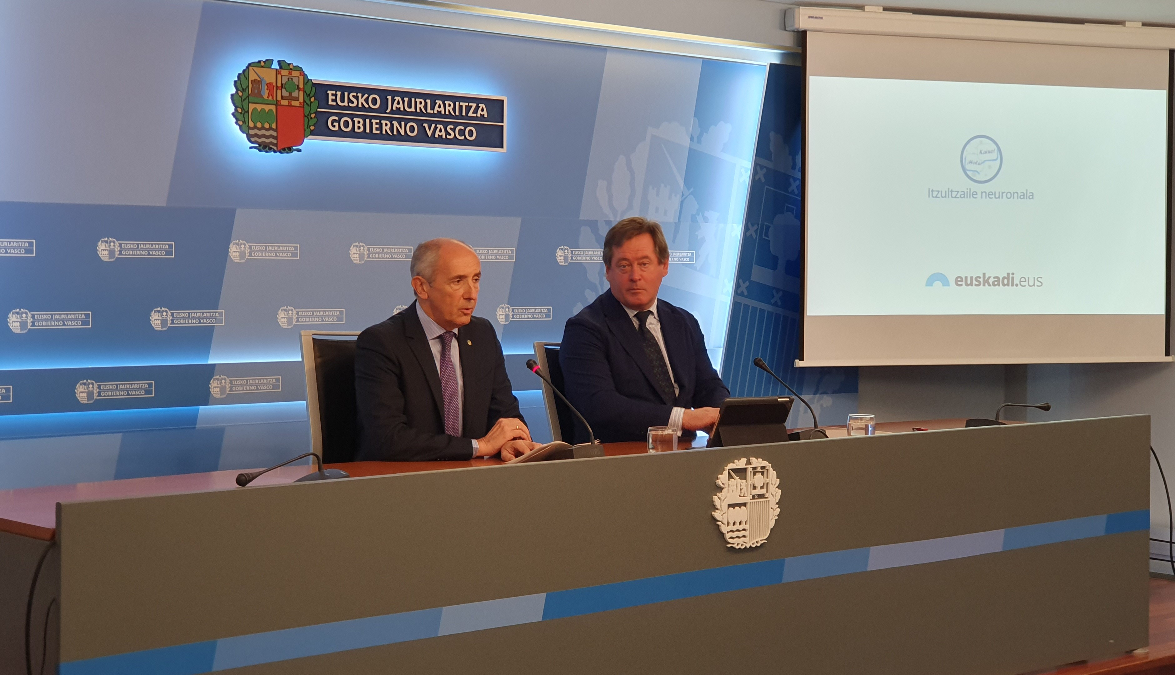 El Gobierno Vasco pone a disposición de toda la ciudadanía el 'Traductor Automático Neuronal', un proyecto práctico del ejecutivo destinado al uso ciudadano y creado a partir de la Inteligencia Artificial
