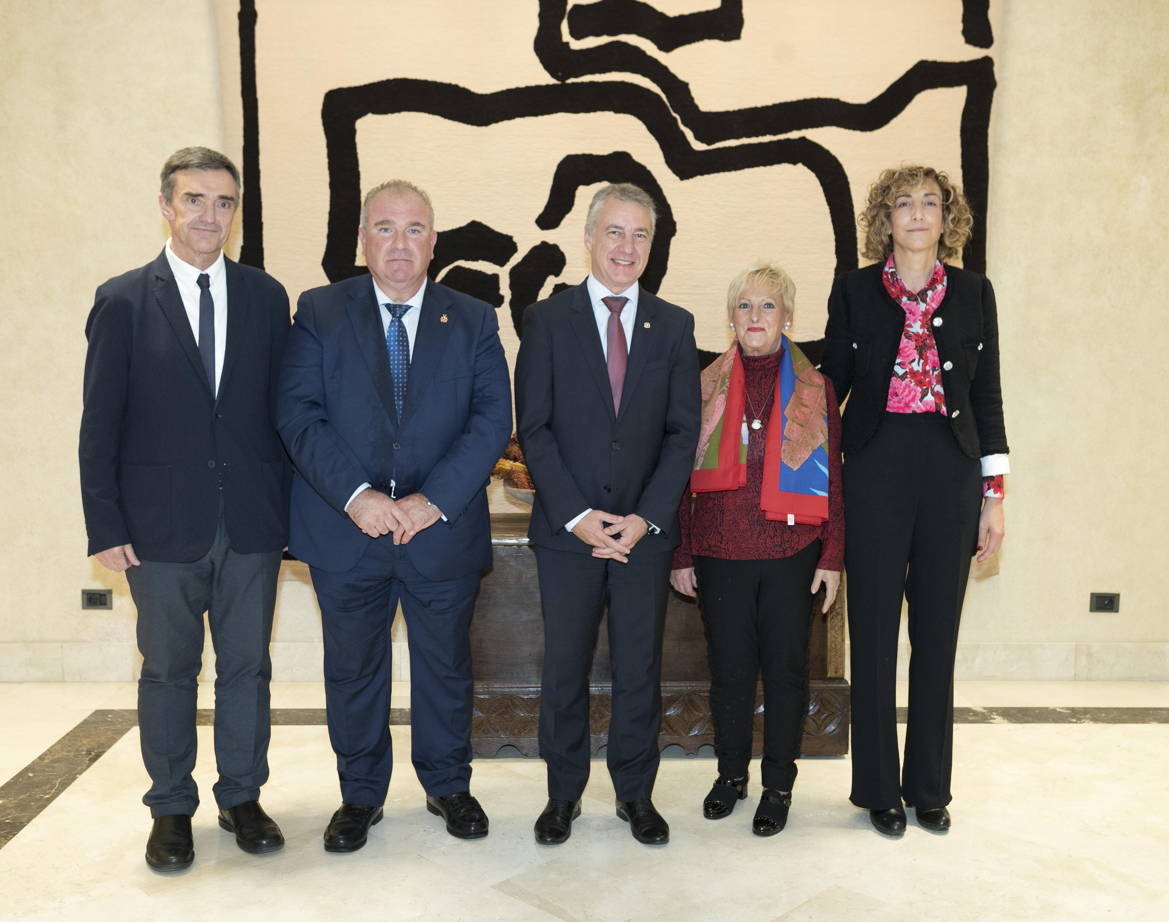 El Lehendakari se reúne con elPresidente de VITEPAZ