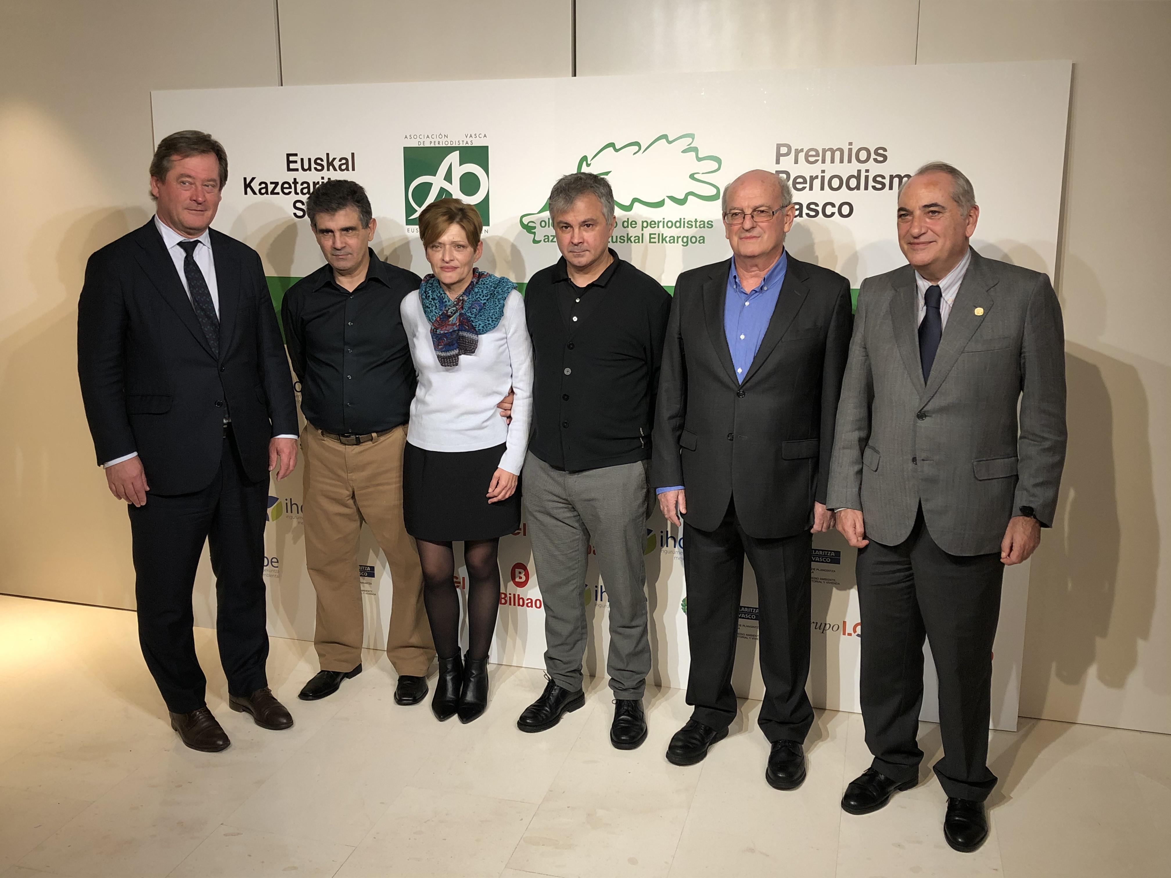 Iñaki Arriola eta Bingen Zupiria sailburuek parte hartu dute 2019ko Euskal Kazetaritza Sarien banaketa ekitaldian