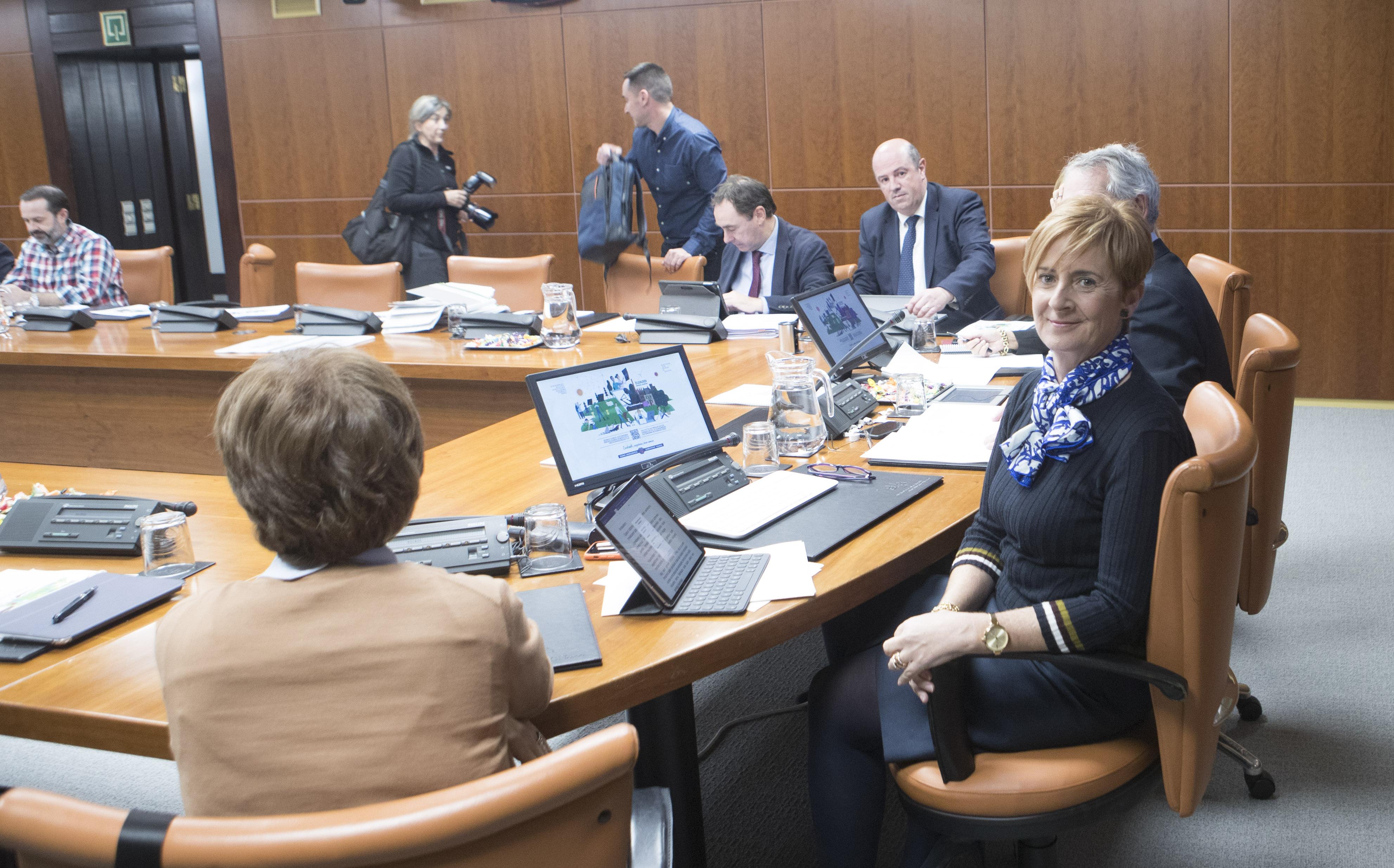 Eusko Jaurlaritzak 962,7 milioi euro bideratuko ditu ekonomia produktibora eta azpiegituren hobekuntzara 2020. urtean