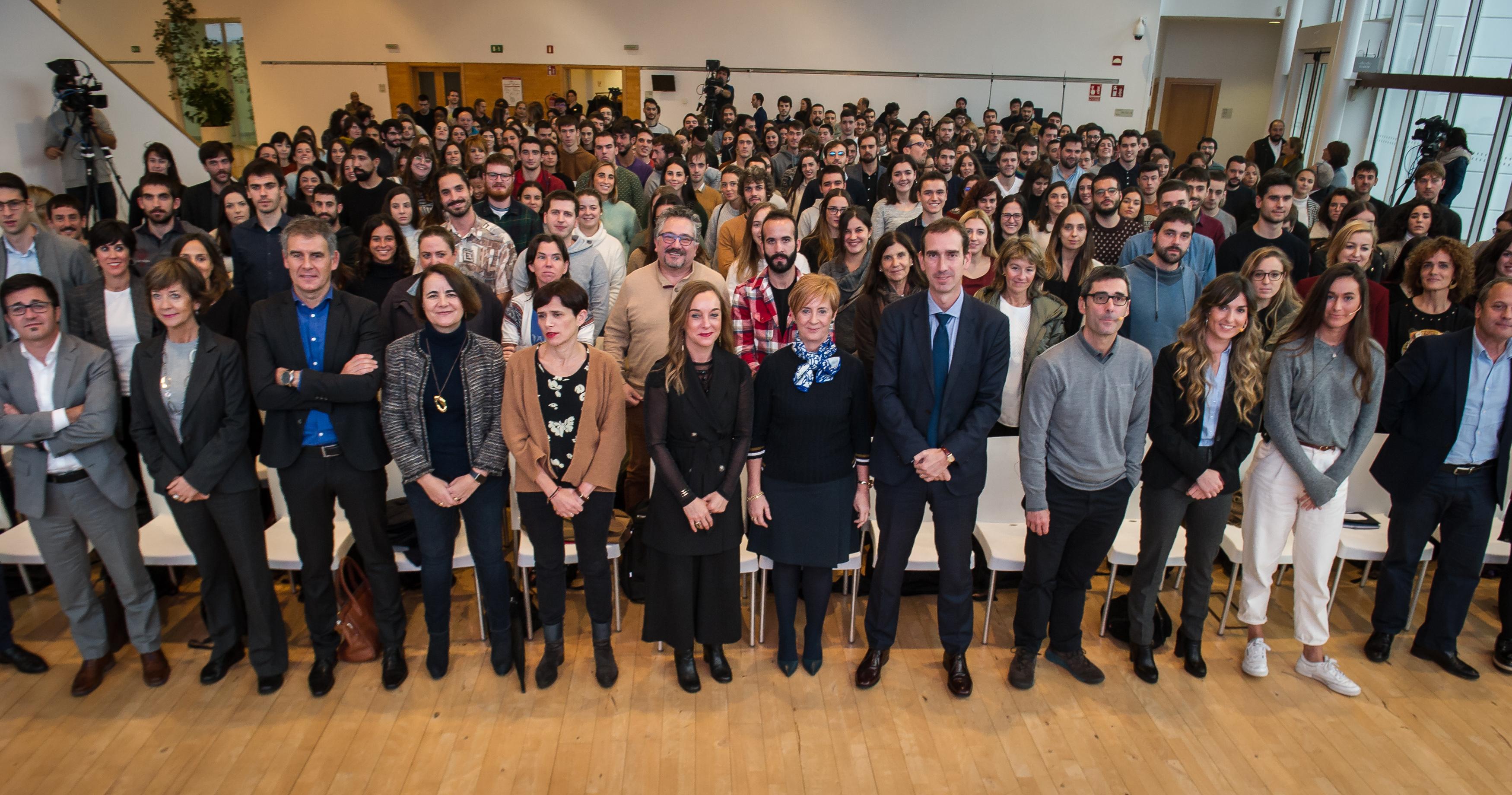 400 jóvenes reciben el reconocimiento de las becas Global Training de internacionalización
