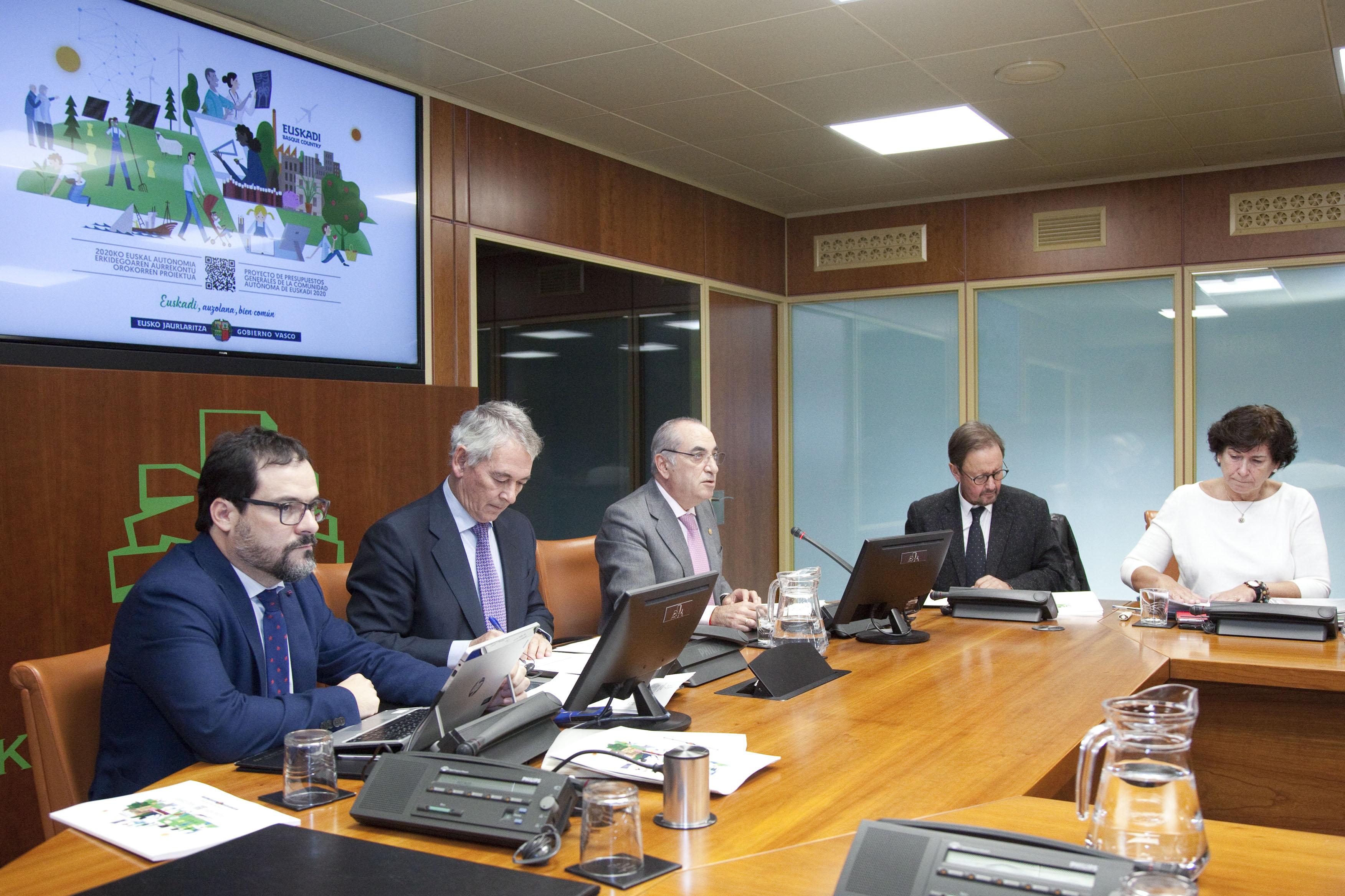arriola_presupuestos_05.jpg