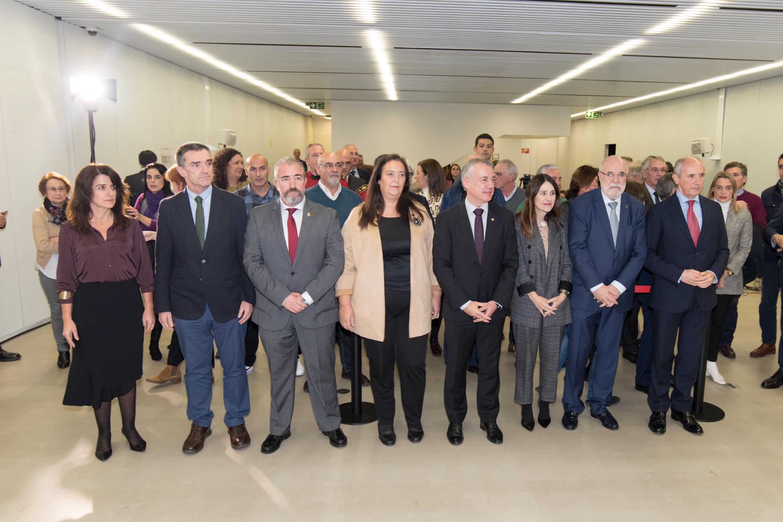 "El Lehendakari inaugura la exposición ""Vivir sin miedo / Vivir con memoria"""